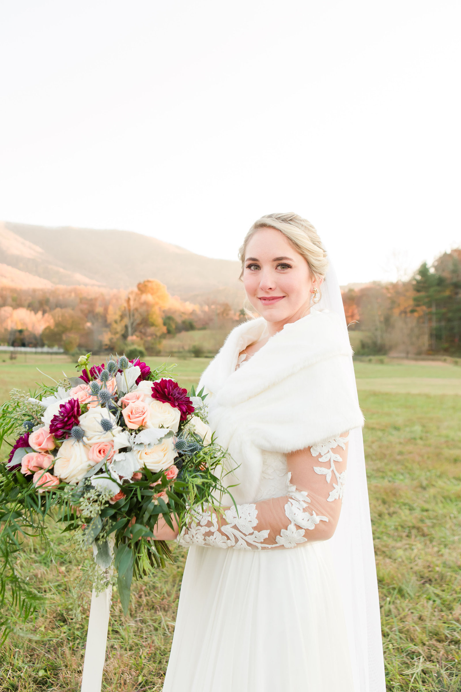 akingslodgeweddingpigeonforgeweddingsmokymountainsweddingmikayleeandian102164
