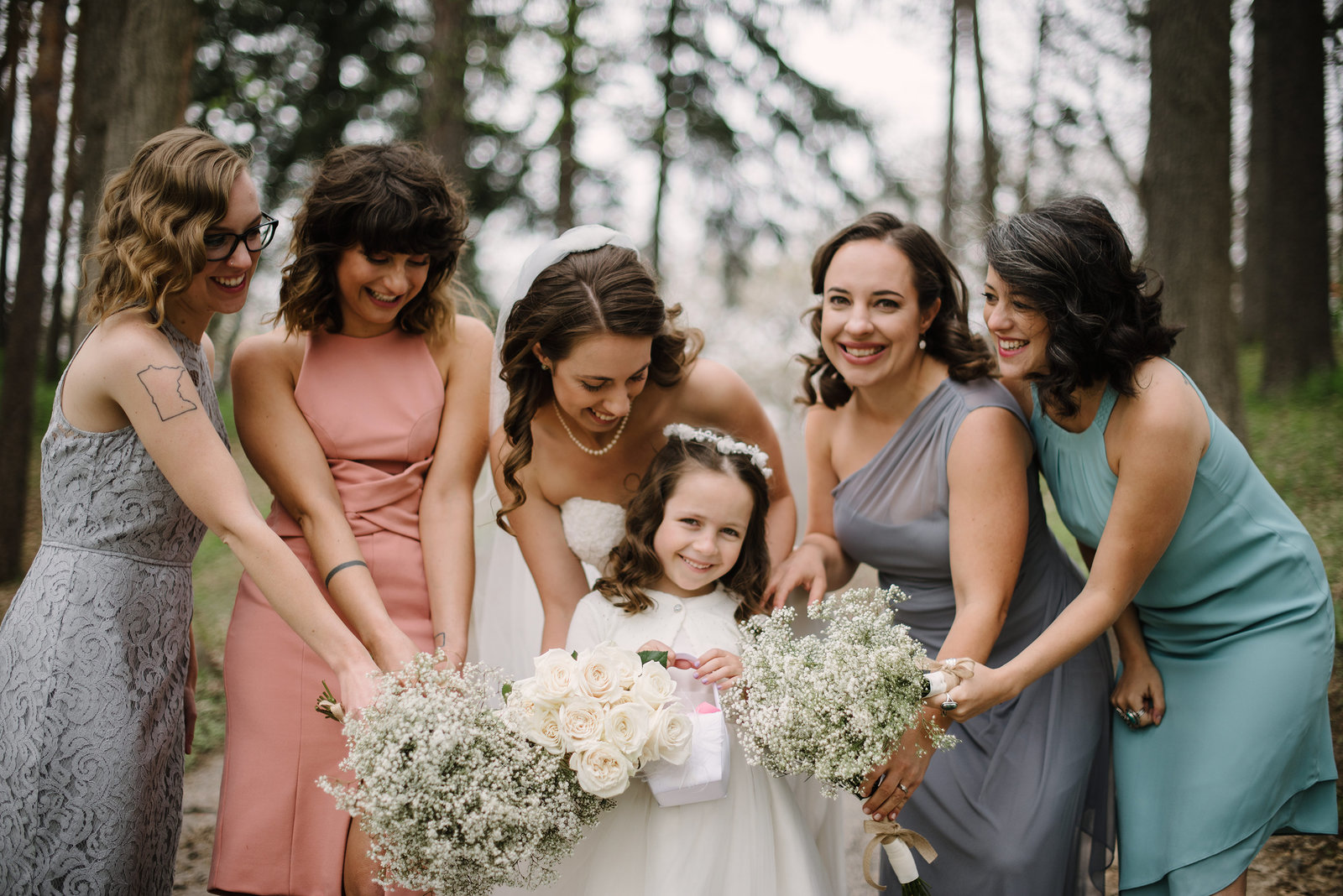 7 Bridesmaids Minnesota Wedding Photos 0648