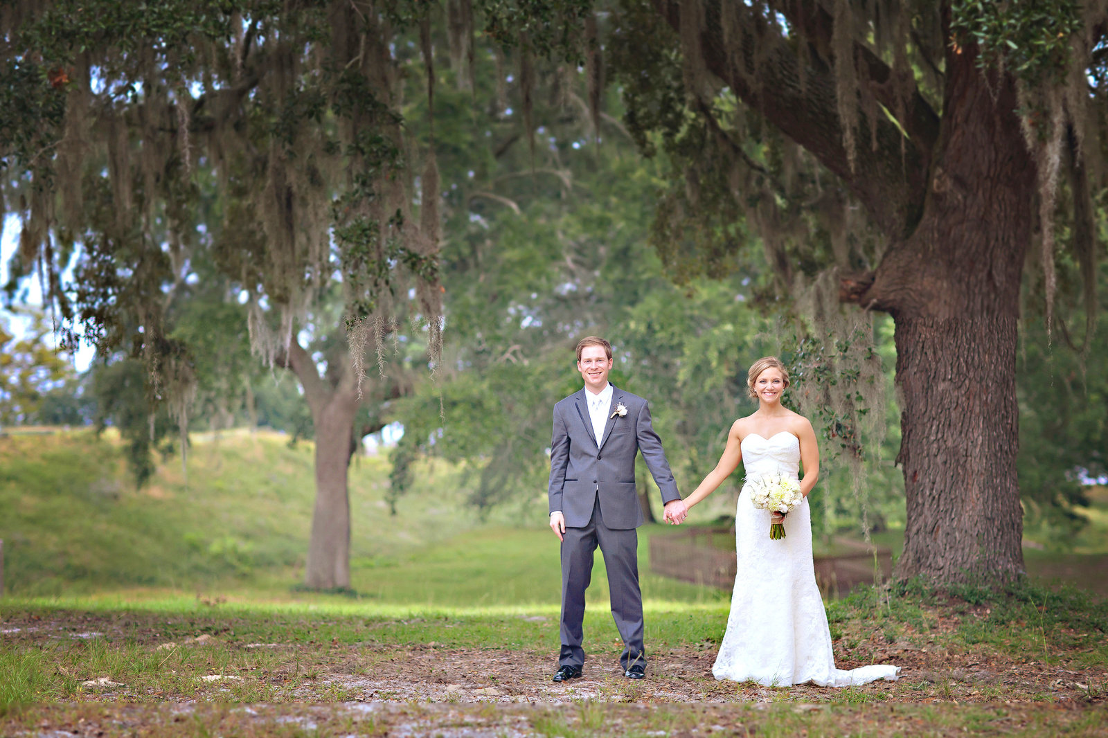 wilmington-nc-beach-wedding-couple