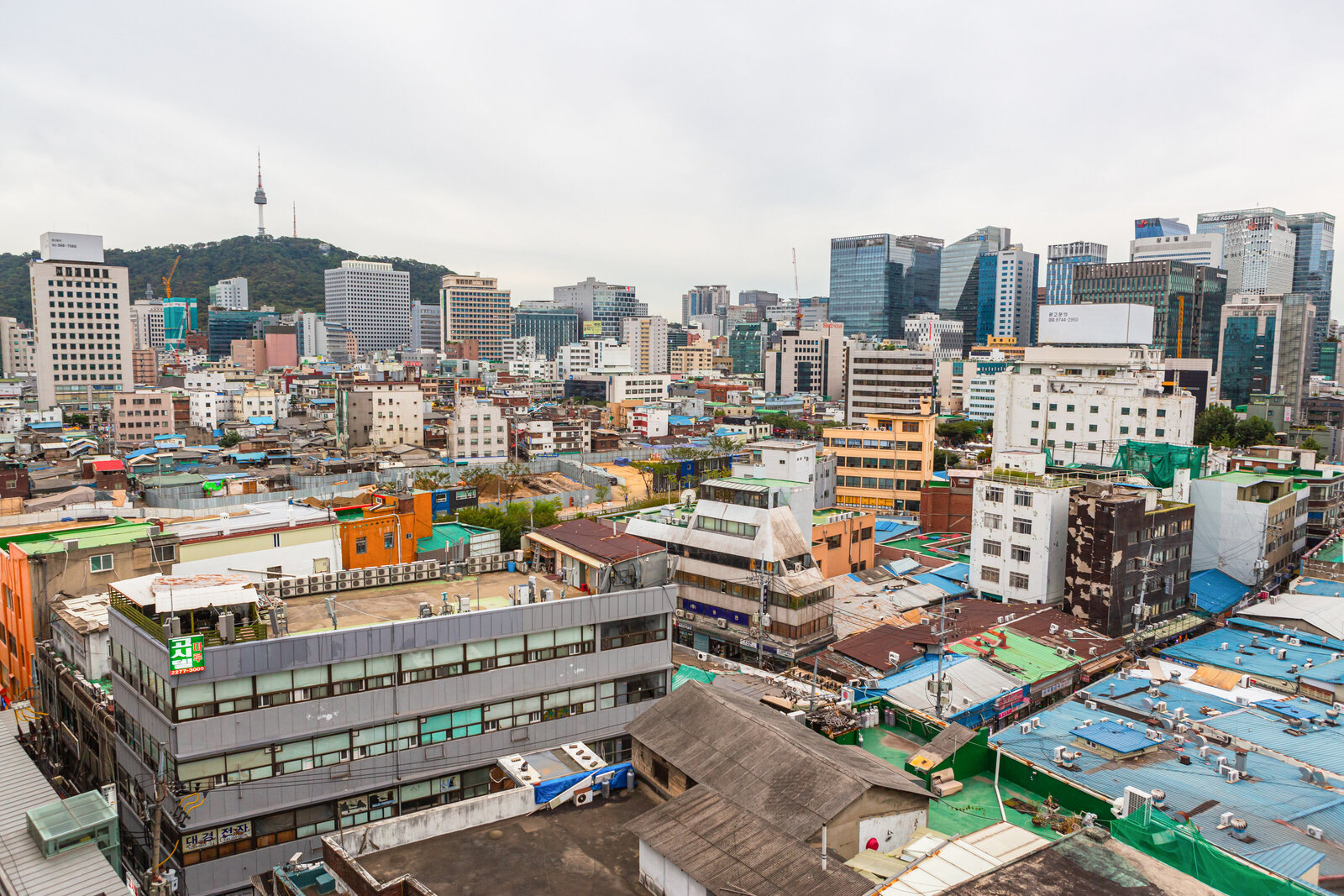 001-KBP-South-Korea-Seoul-rooftops-city-view-001
