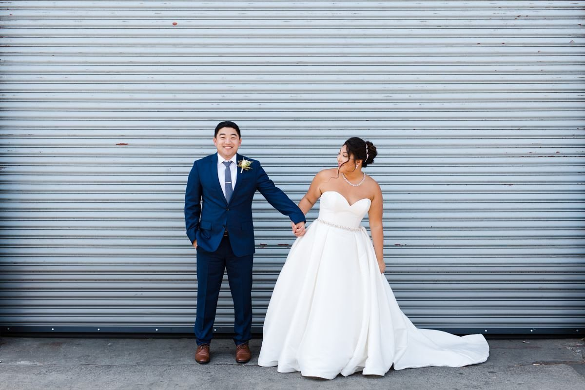 seattle-within-sodo-urban-fresh-wedding-photography-26_1200