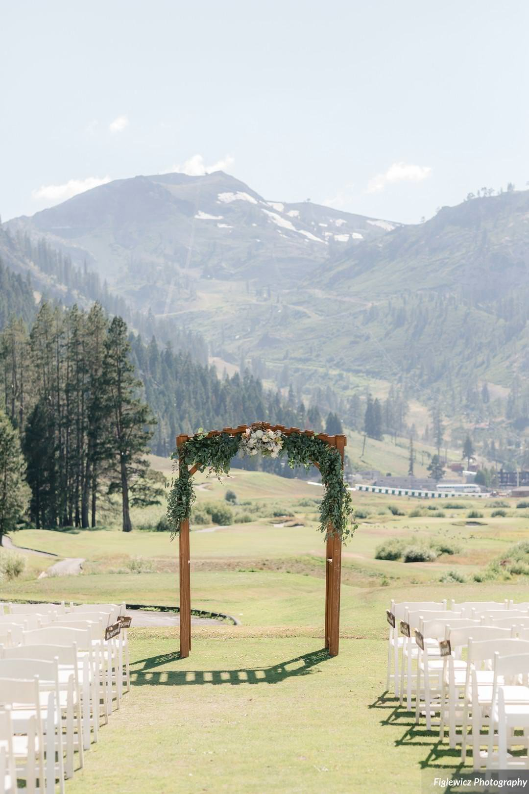 Garden_Tinsley_FiglewiczPhotography_LakeTahoeWeddingSquawValleyCreekTaylorBrendan00077_big