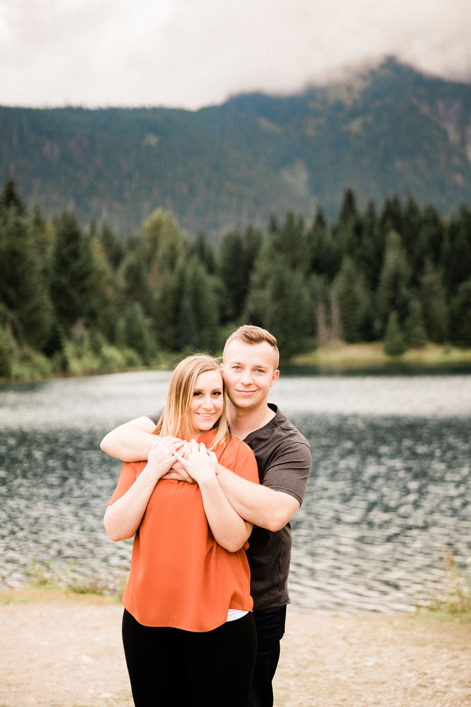 gold creek pond near snoqualmie pass, best spot for engagement photos