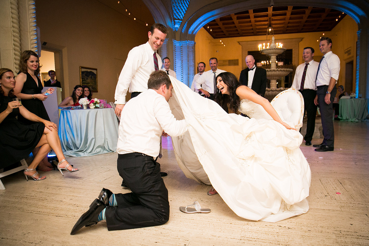 Hilarious moment during the garter removal