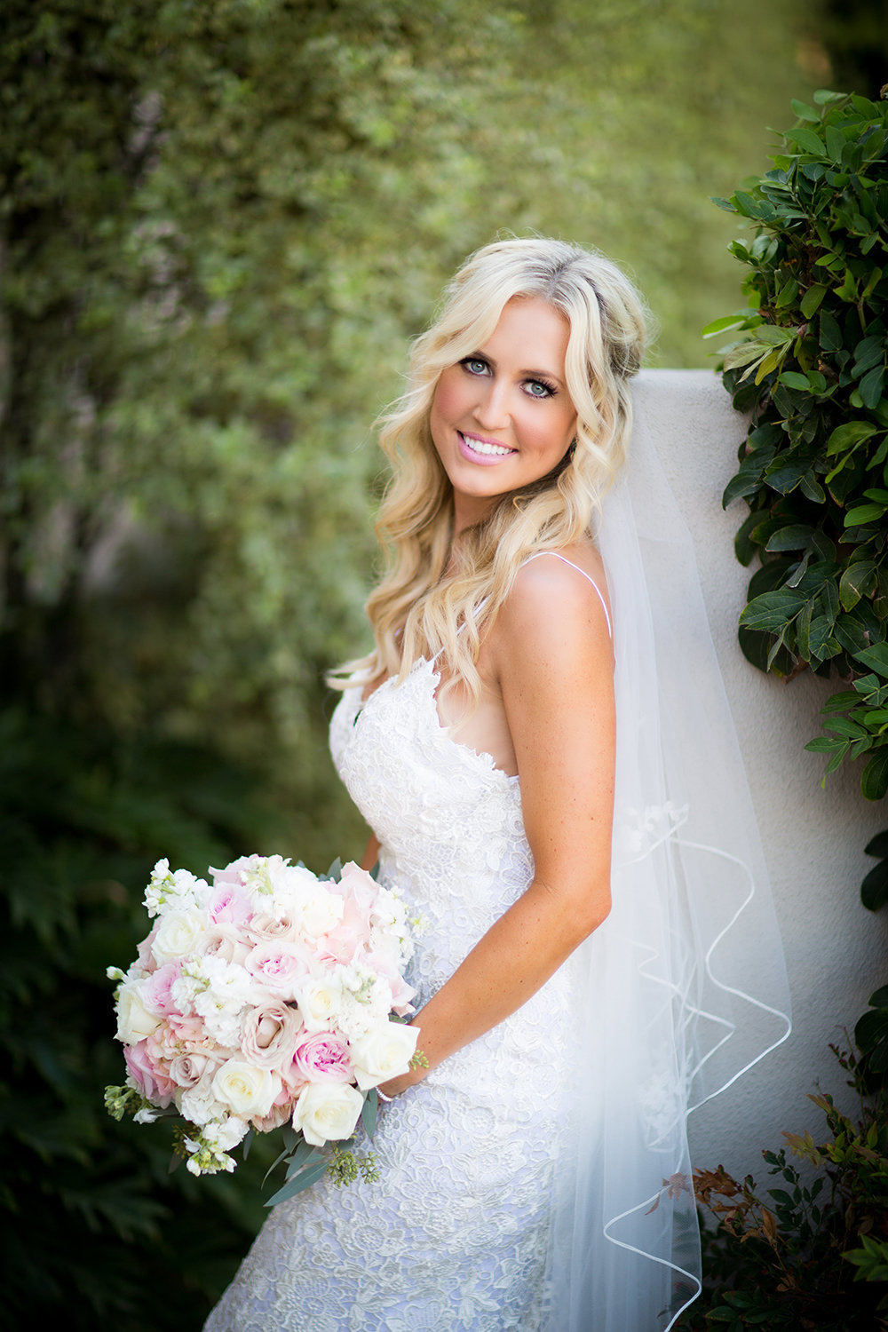 Rancho Bernardo Inn wedding photos beautiful bride photo
