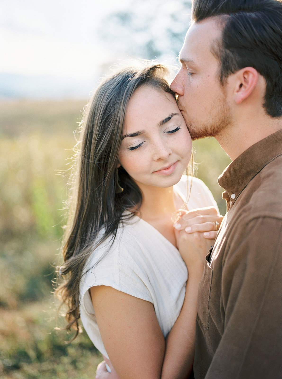 michela-brooke-photo-maryclaire-caleb-farm-engagement-11_websize