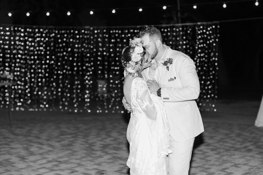 W0518_Dugan_Olowalu-Plantation_Maui-Wedding-Photographer_Caitlin-Cathey-Photo_3354-b&w