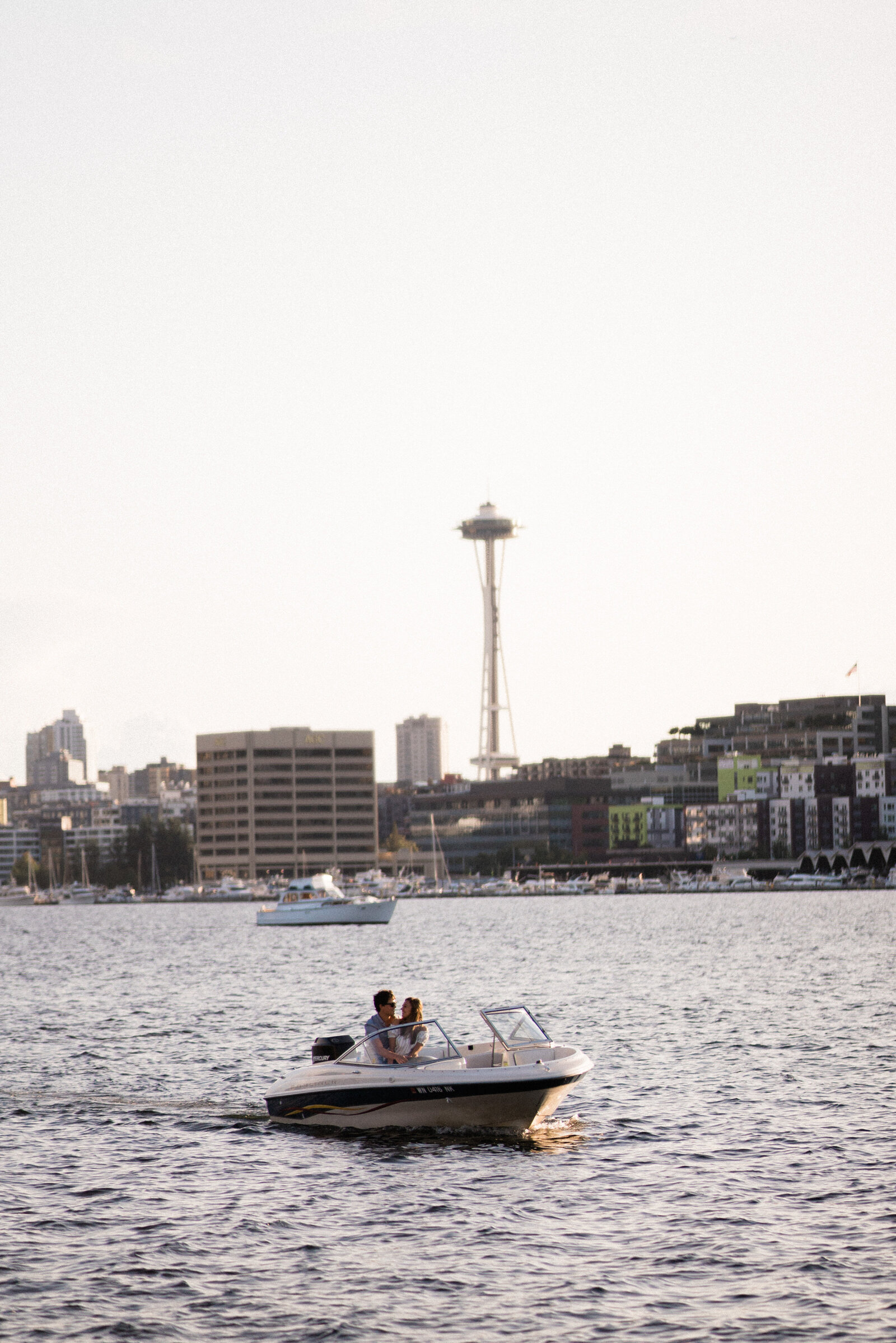 south-lake-union-engagement-photography-seattle-wedding-photographer-and-videographer-33