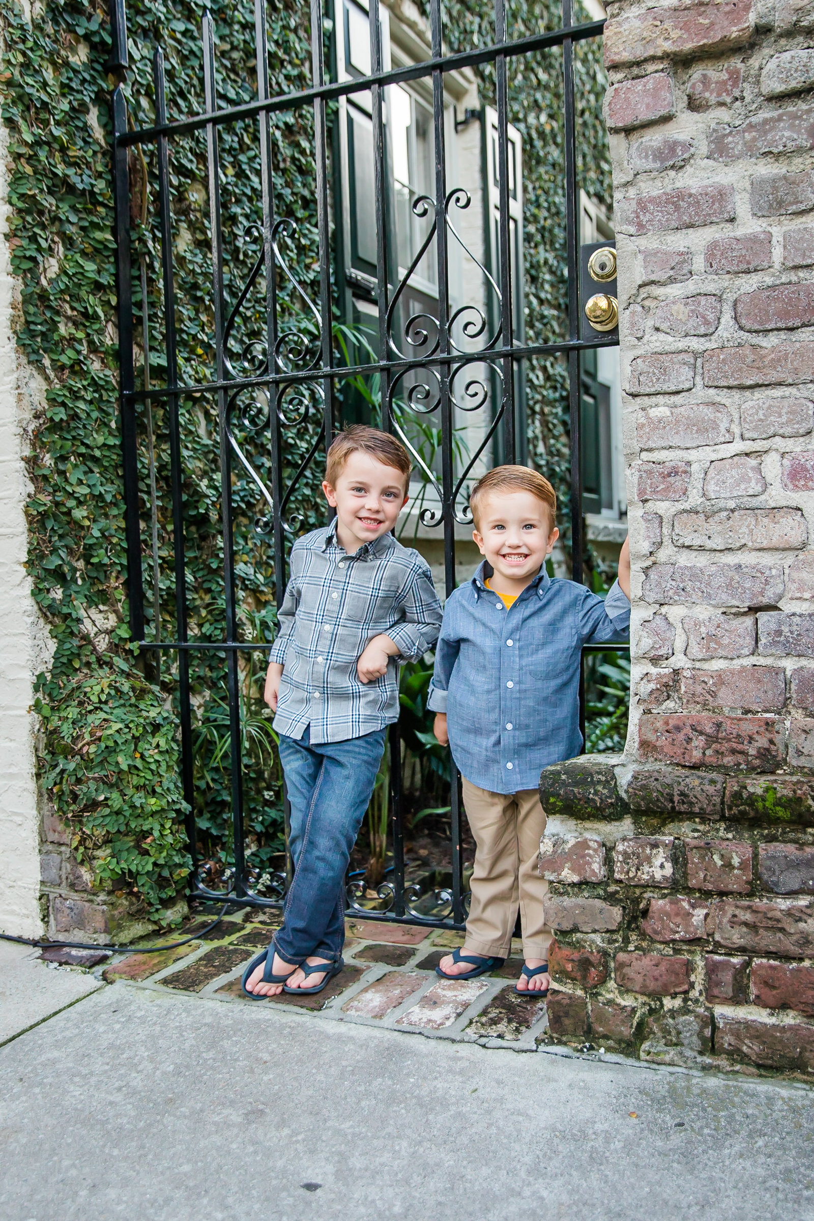 Janice Jones Photography Downtown Charleston Family Session 11
