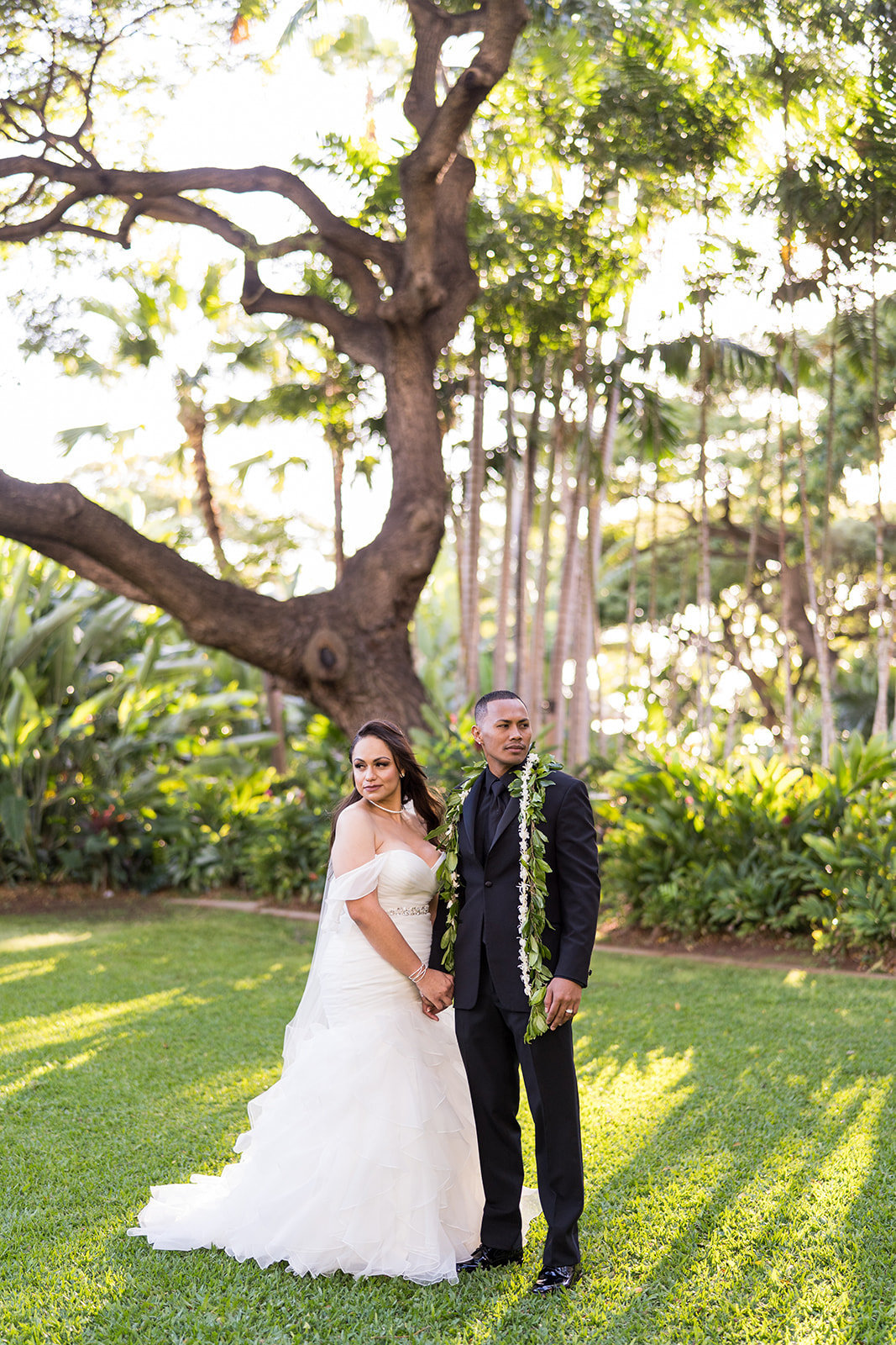 Oahu Hawaii Wedding Photos-225