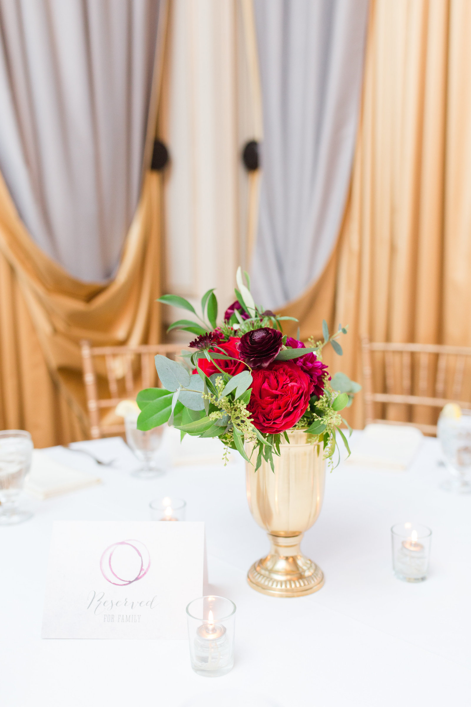 wine inspired centerpiece from everly alaine florals