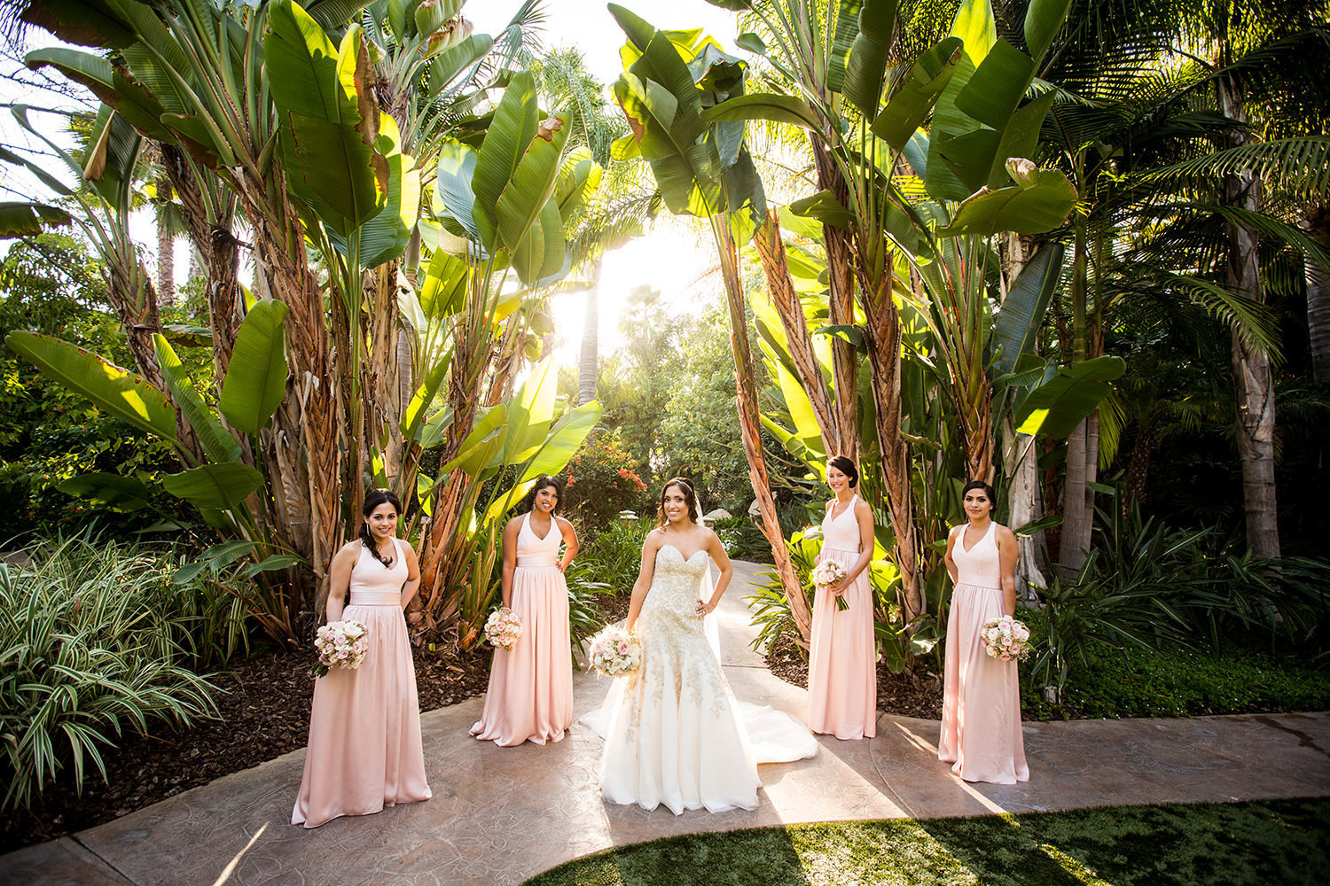 New posing ideas for bridesmaids