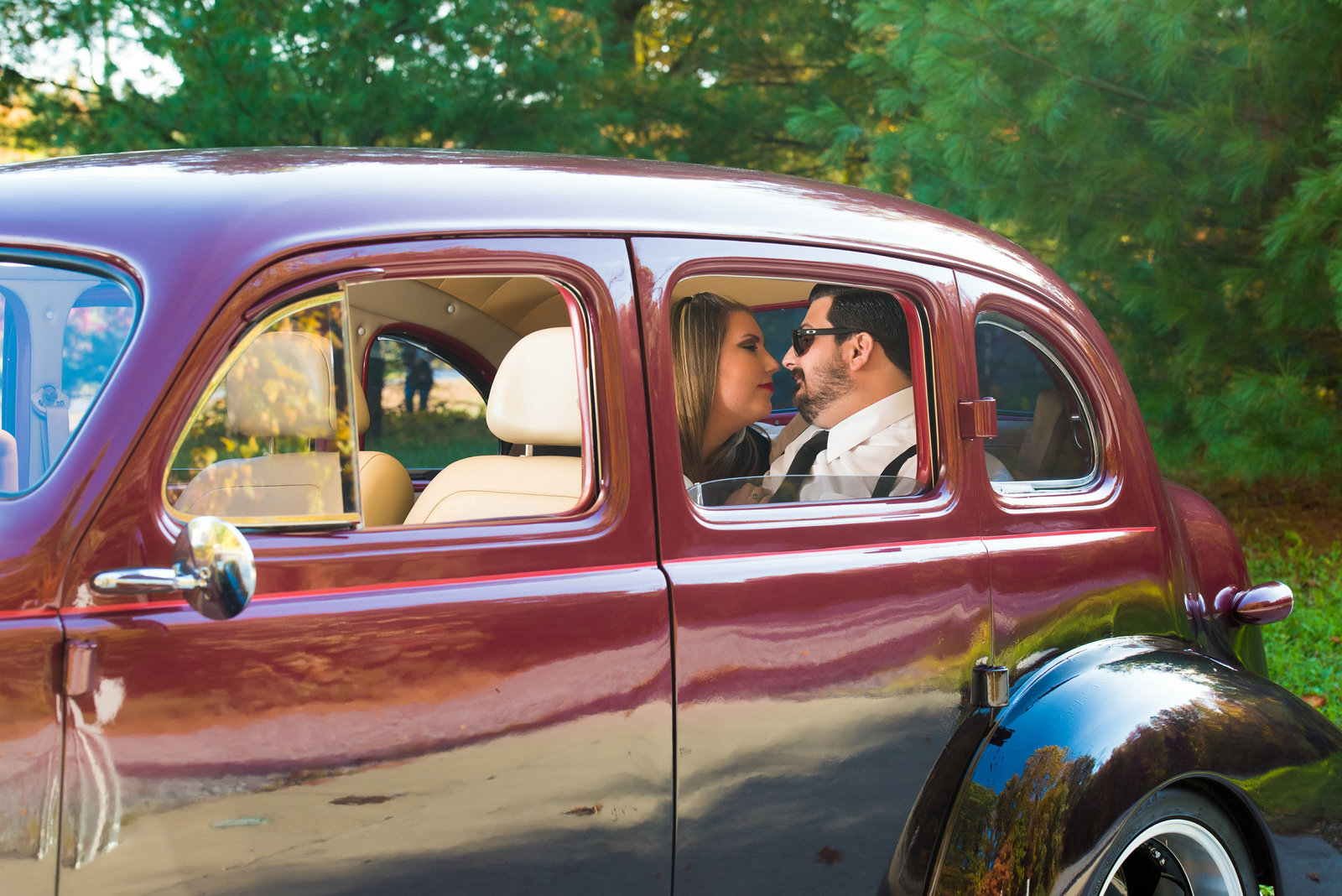 Retro_Pinup_Car_engagement_session_Nj031