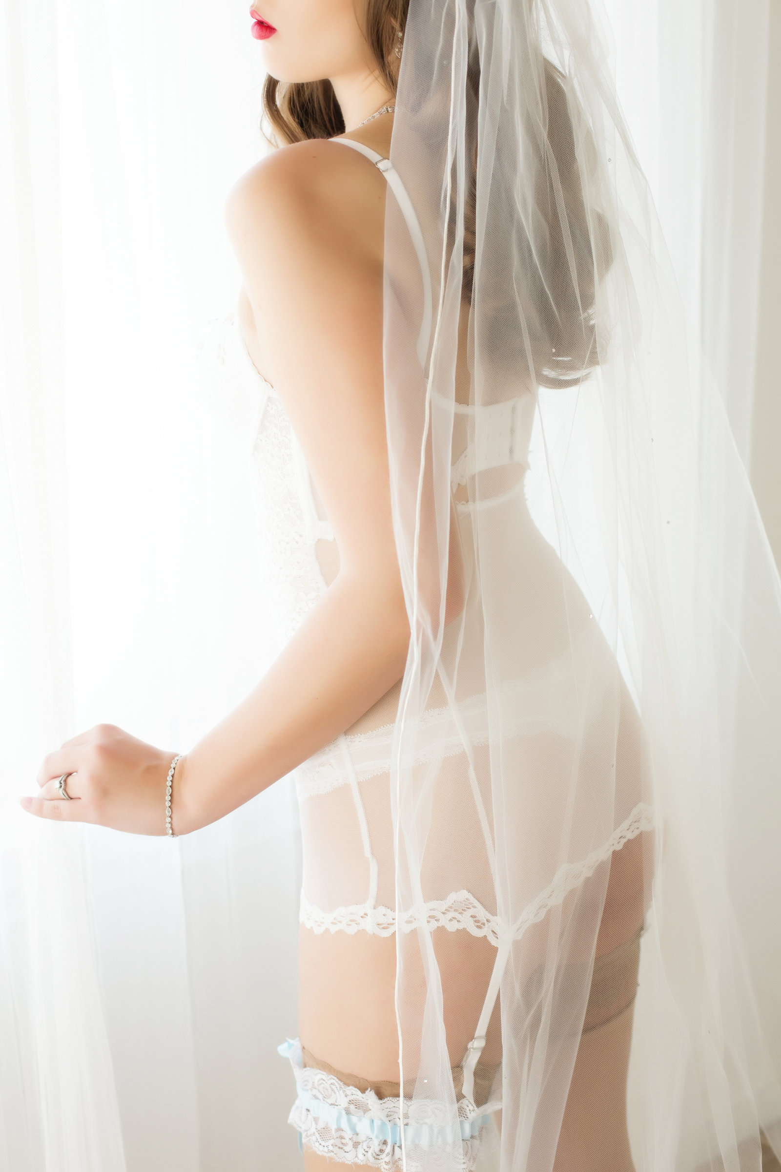 flirty bridal boudoir, arizona photography