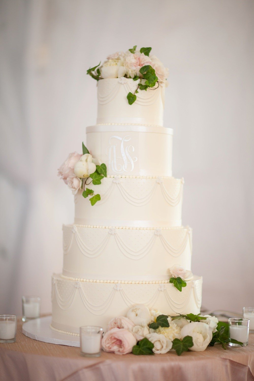 Classic white fondant 5 tier wedding cake for wedding at the Eisenhower House in Newport, RI