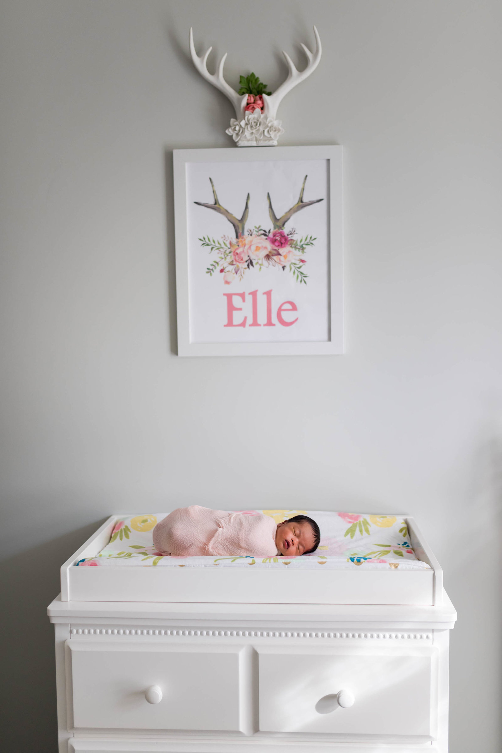 Boston-Newborn-Photographer-Lifestyle-Documentary-Home-Styled-Session-420