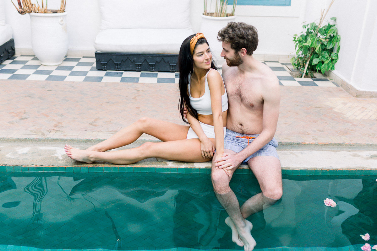 vintage-poolside-engagment-pictures (1 of 1)-20