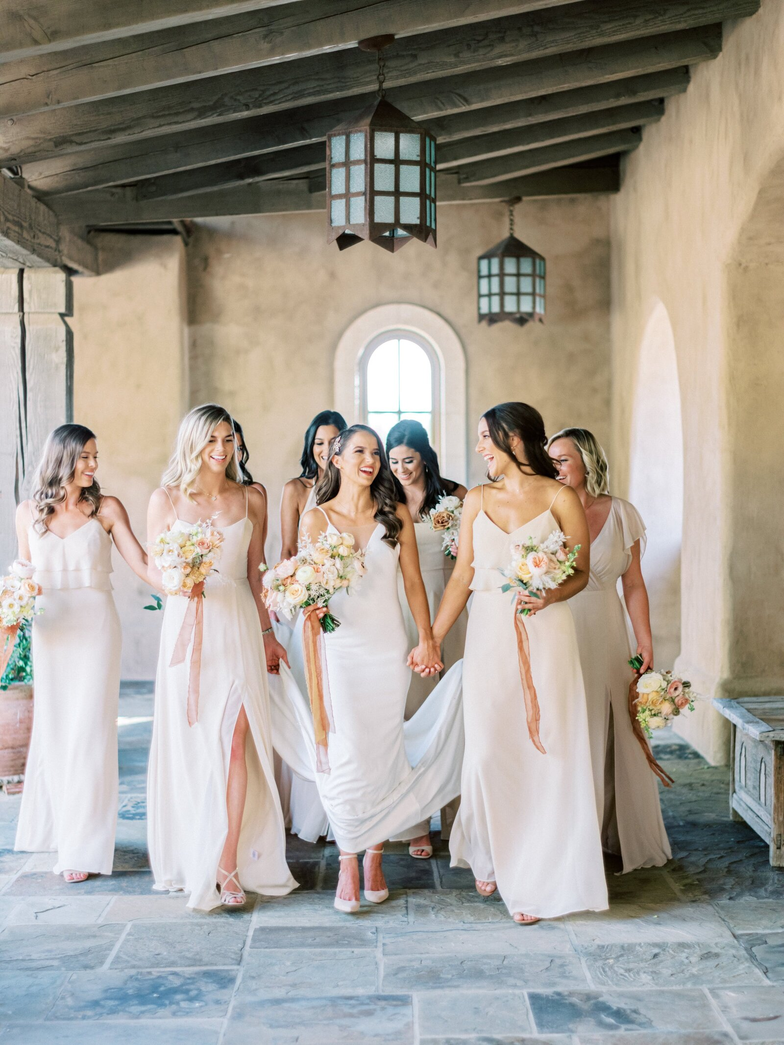 bridesmaid-nuetral-dresses-flowers-phoenix-az
