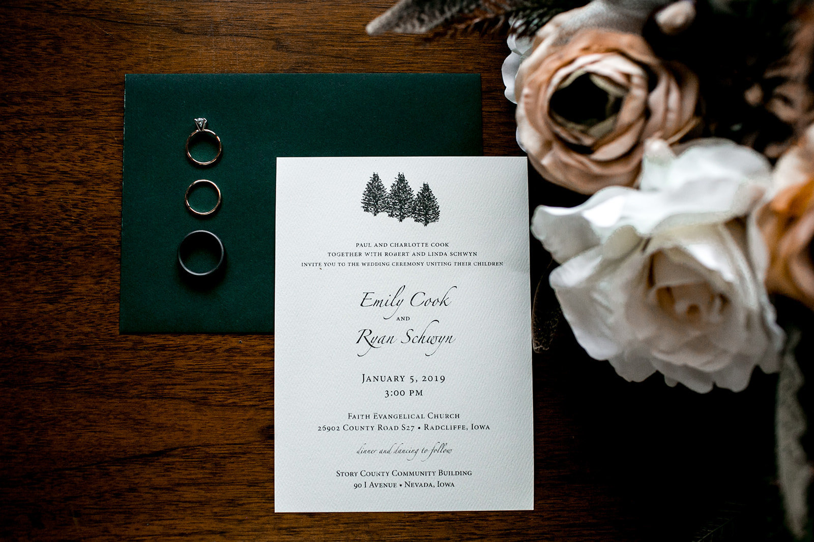 Iowa wedding stationary invitation set.
