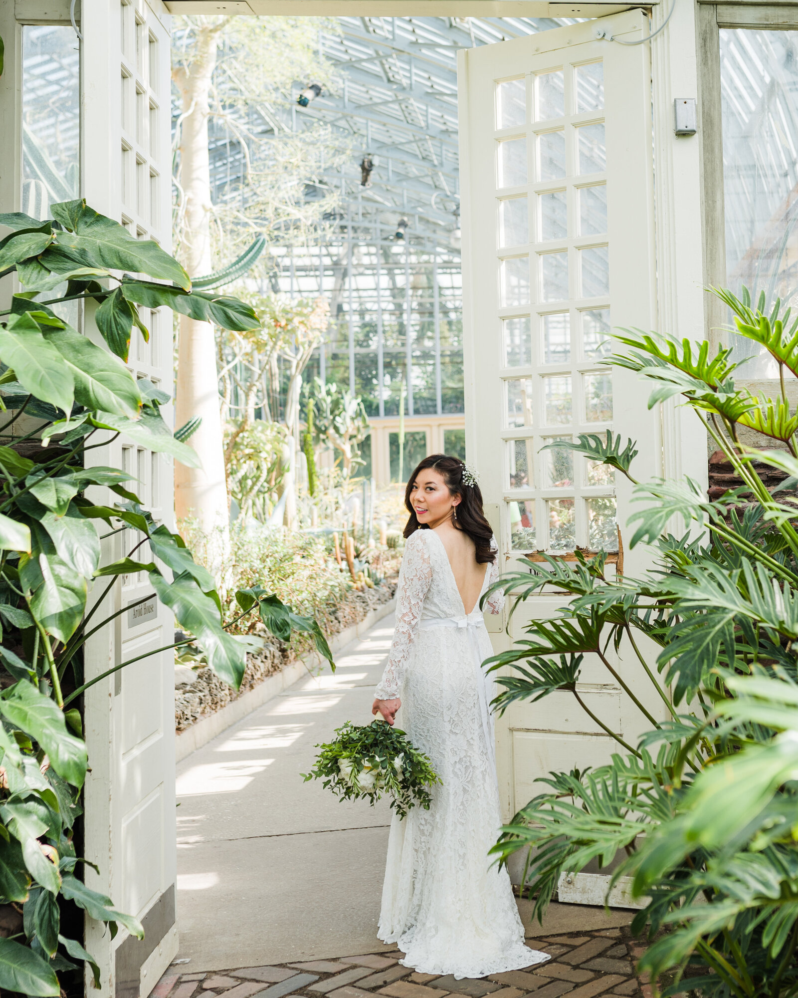 Garfield Park Conservatory Wedding _ Susie and Joe_032
