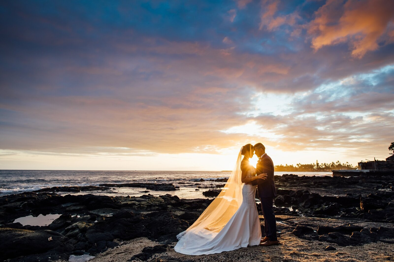 vibrant sunset colors on wedding day