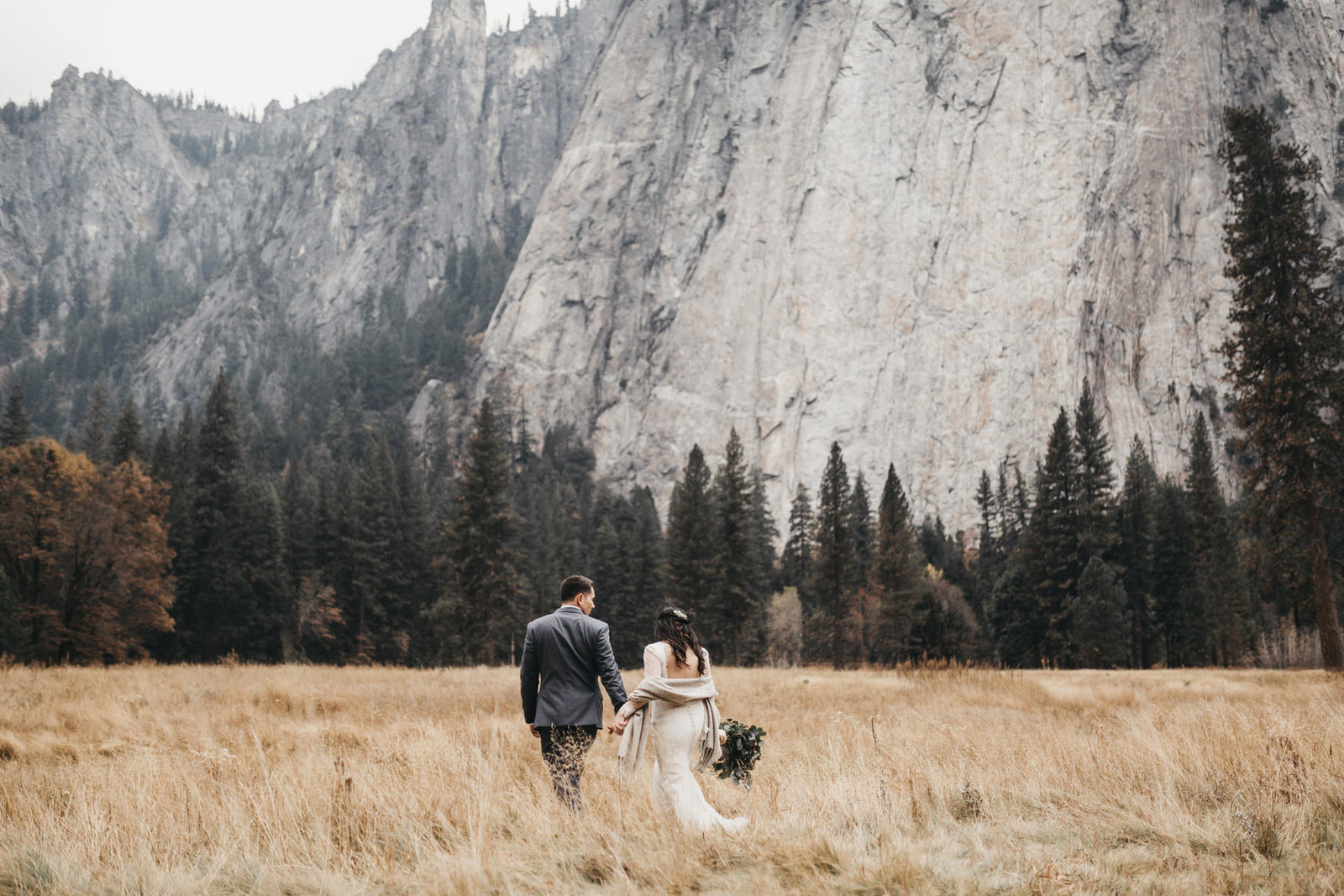 athena-and-camron-yosemite-elopement-wedding-photographer-elegent-valley-wedding22-walking
