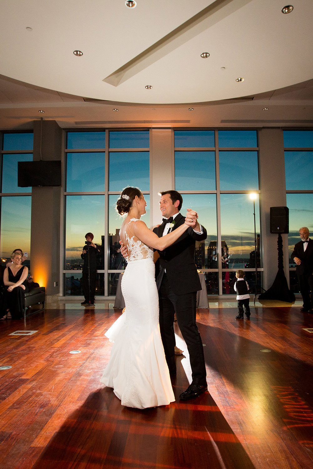 The first dance | Creative wedding photography reception lighting