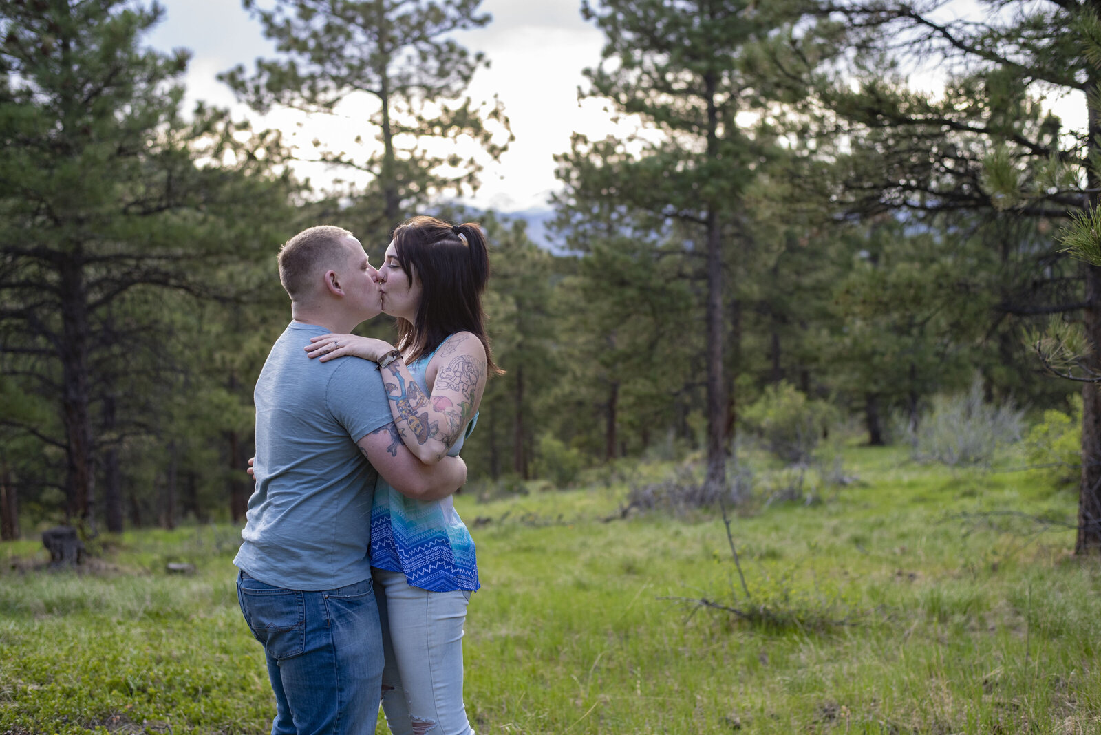 Traveling Colorado Wedding Photographer