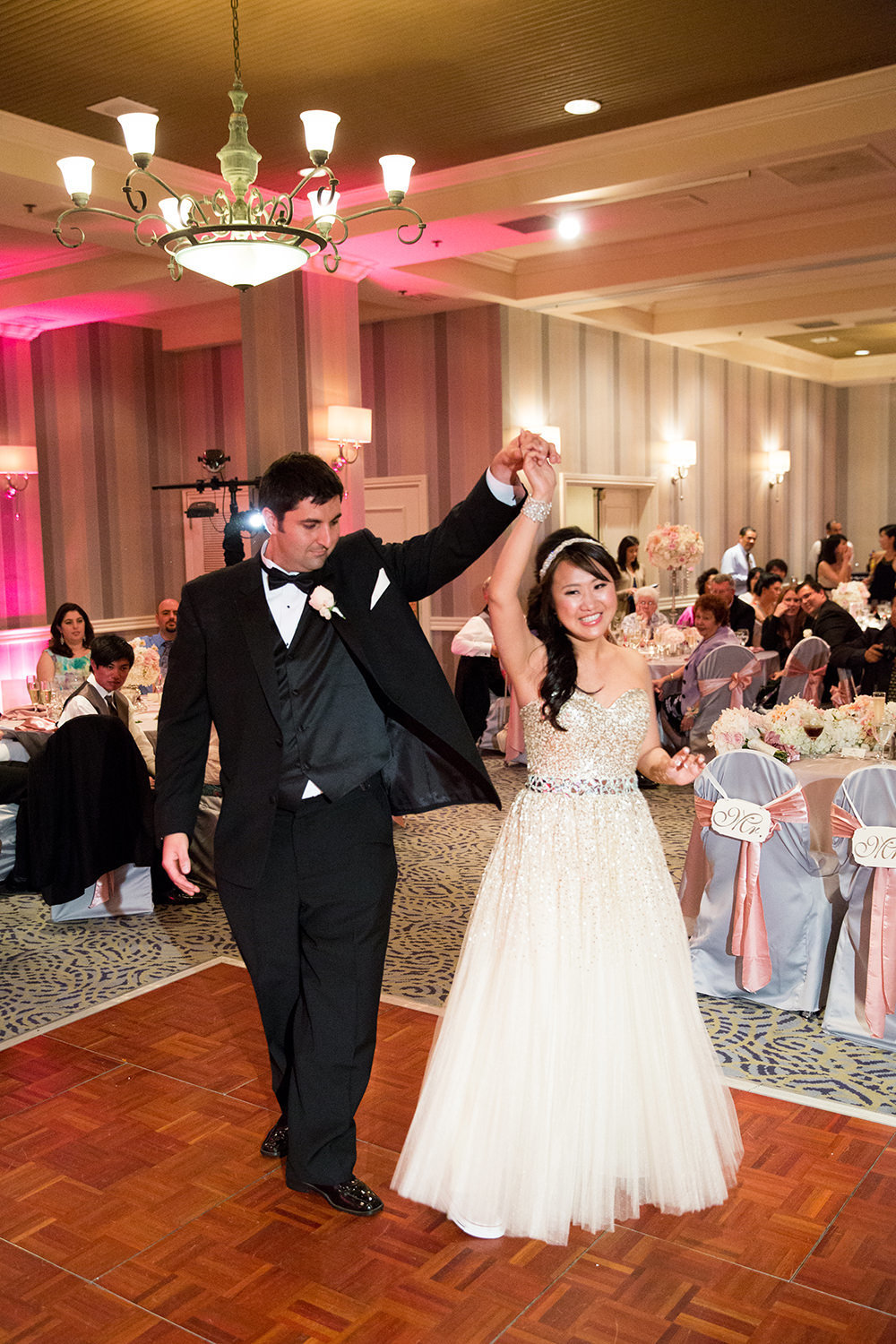 bride and groom first dance at hilton mission bay
