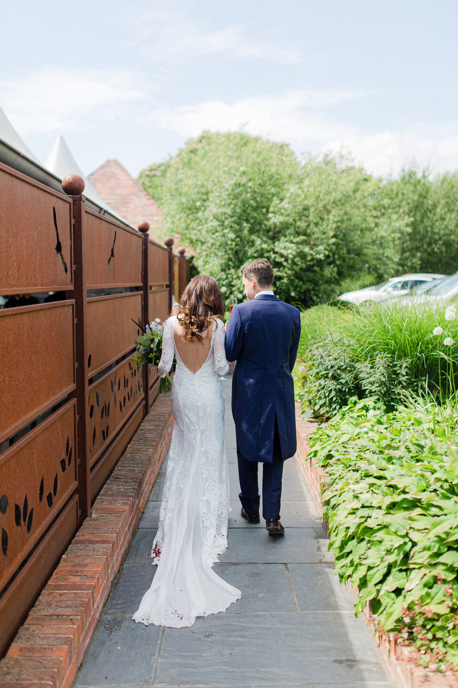 adorlee-428-southend-barns-wedding-photographer