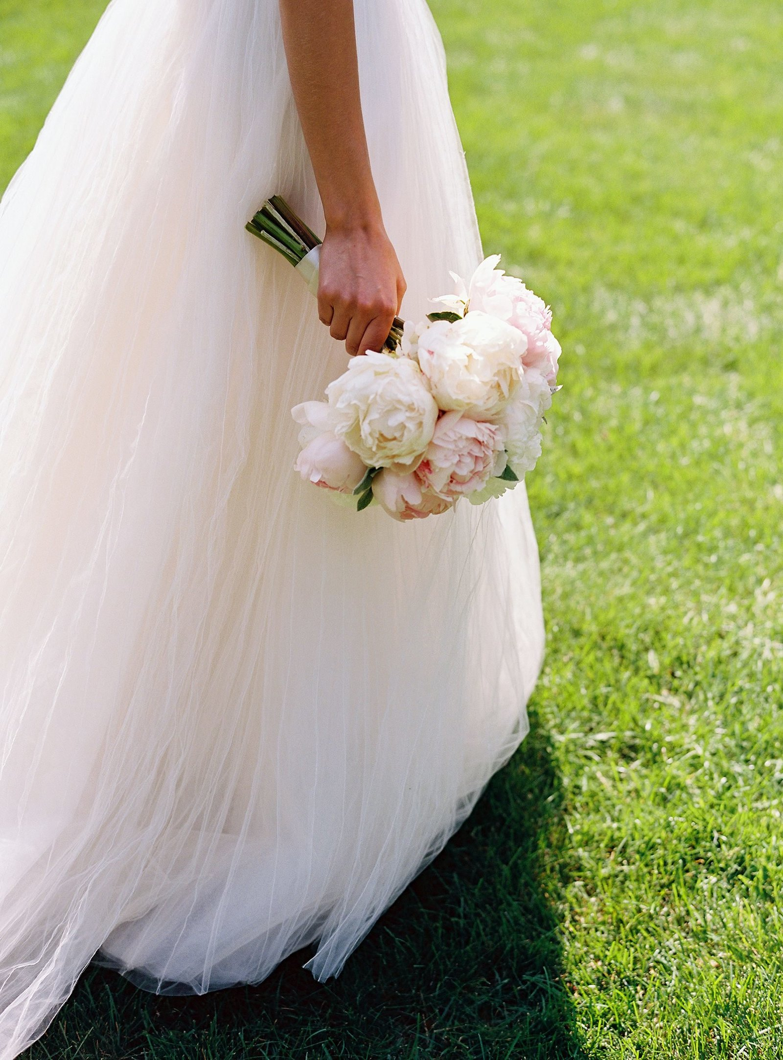 spring_wadsworth_mansion_sperry_tent_wedding_0013