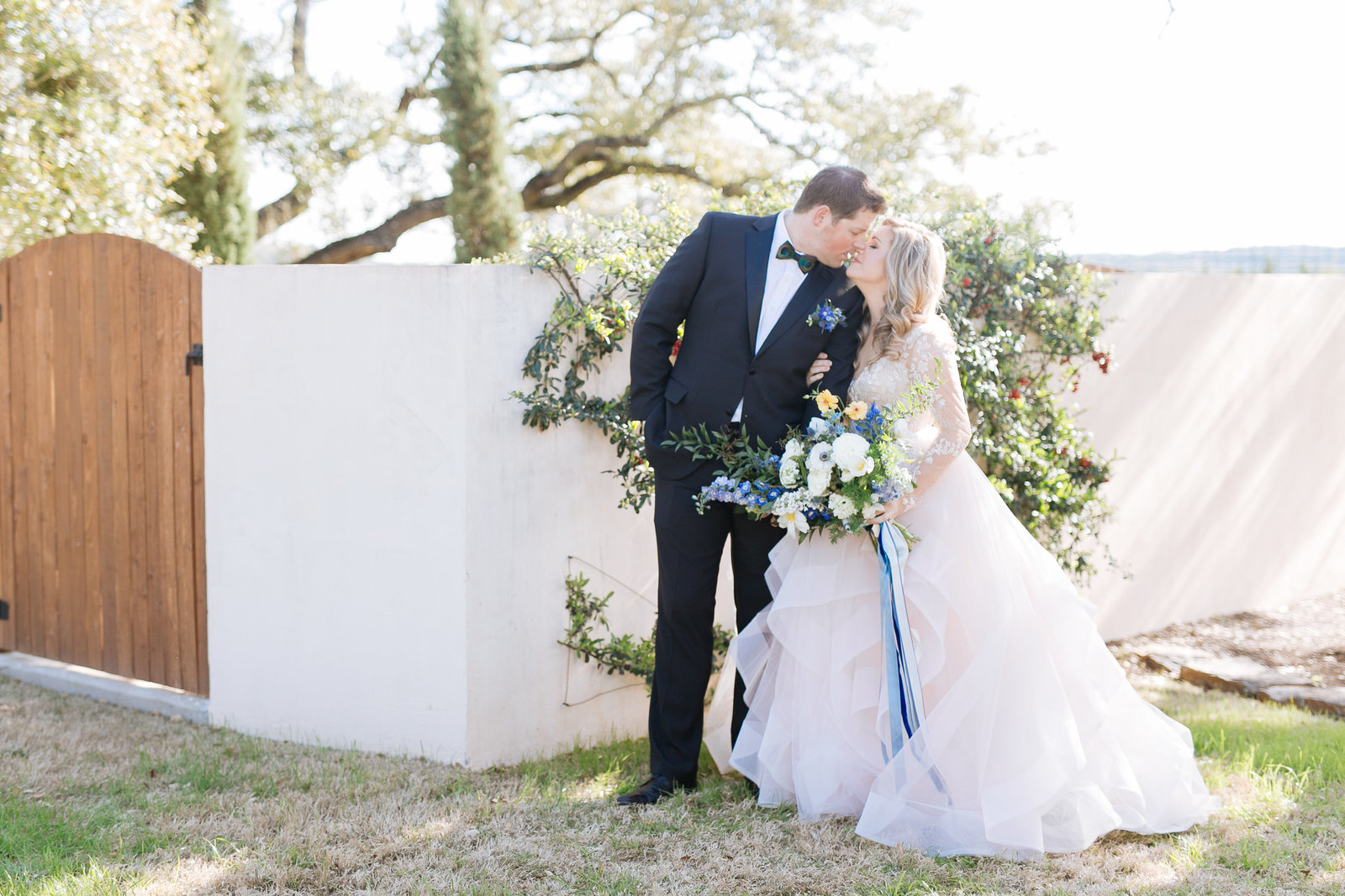 texas hill country wedding with a hayley paige dress photographed by houston wedding photographer