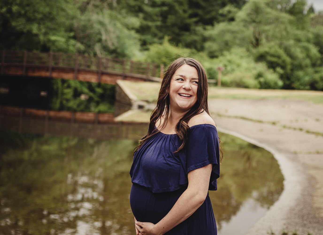maternity photos at Silver Falls State Park_21