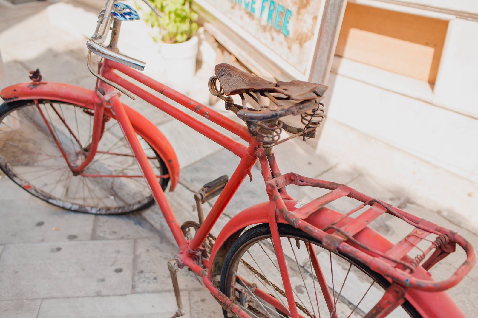 red-bicycle-athens-greece-travel-kate-timbers-photography-880