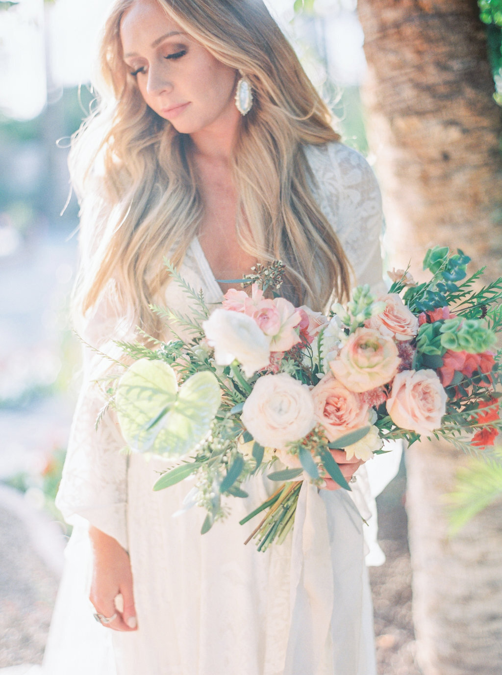 florists-in-phoenix-bridal-bouquet