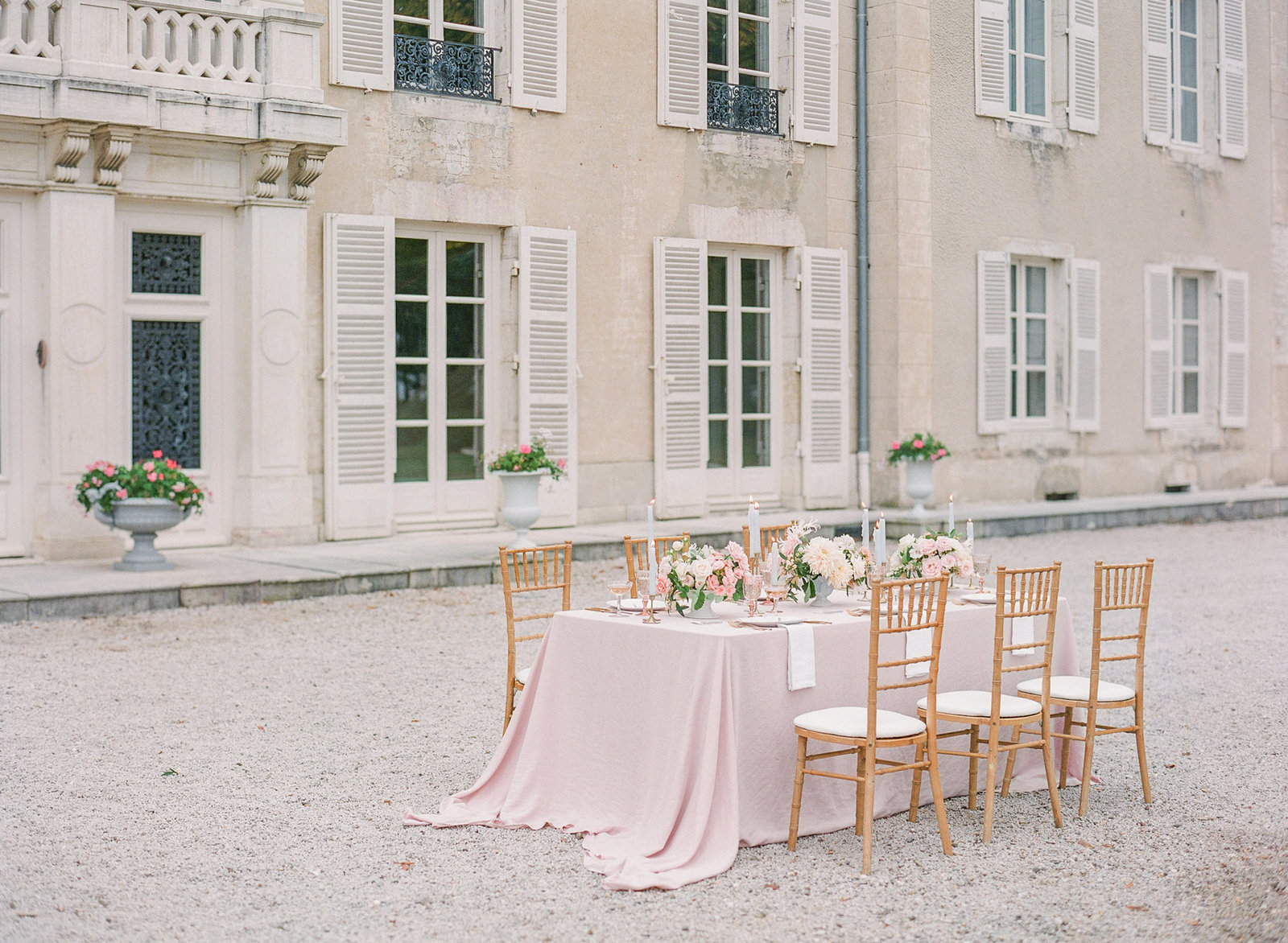 Molly-Carr-Photography-Paris-Film-Photographer-France-Wedding-Photographer-Europe-Destination-Wedding-80