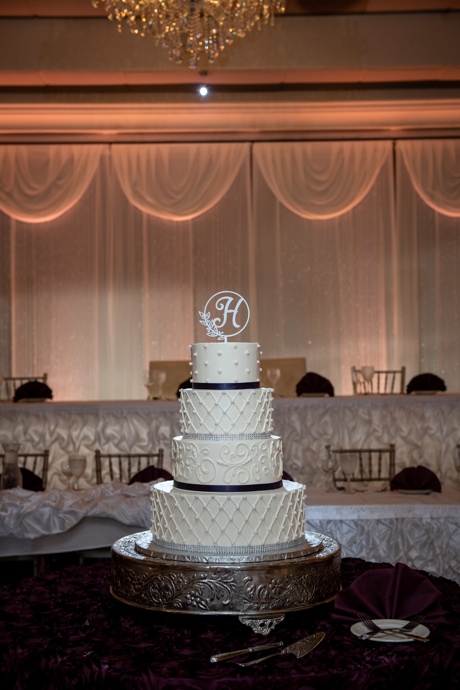 wedding-elgin-seville-reception-cake