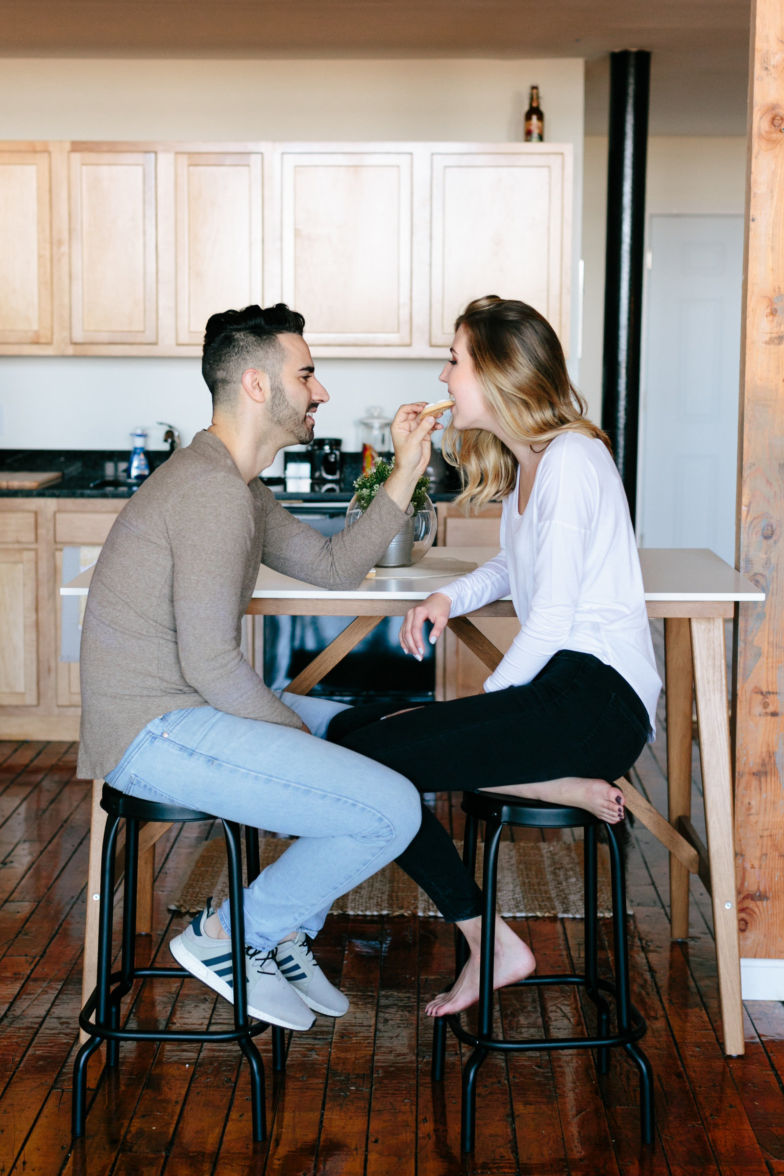 in-home-lifestyle-engagement-photography-rhodeisland0848