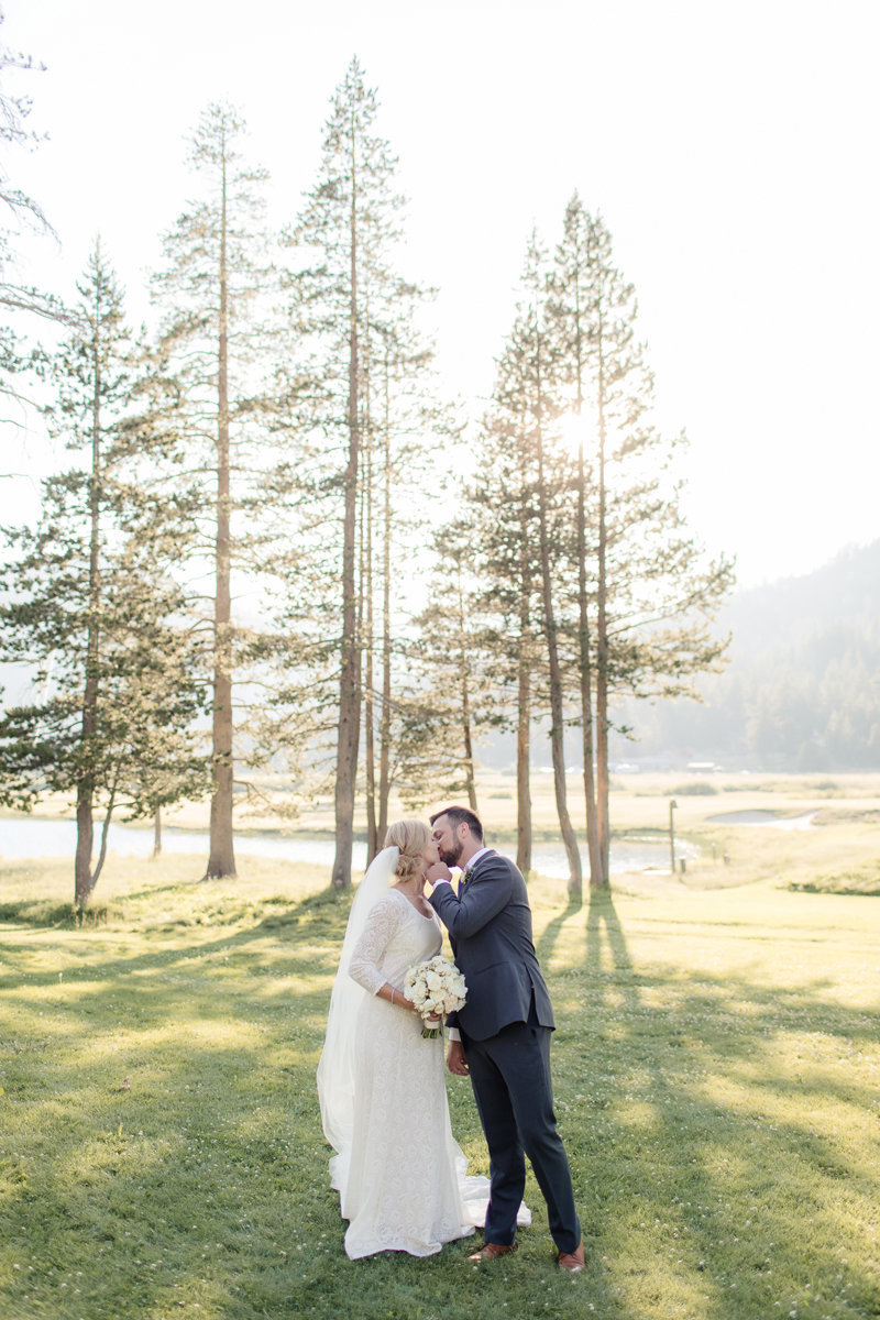 Lake-Tahoe-Wedding-Squaw-Vallery-Resort-Katya-Ryan-0210
