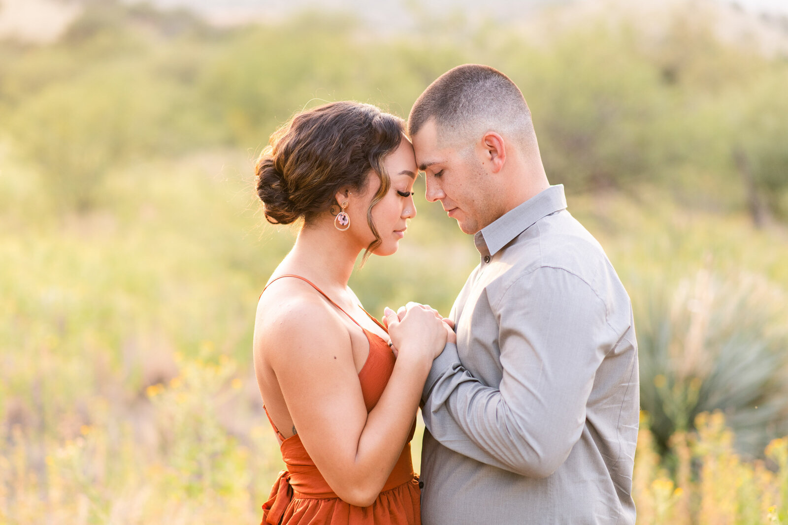 couples portrait in Sierra Vista desert