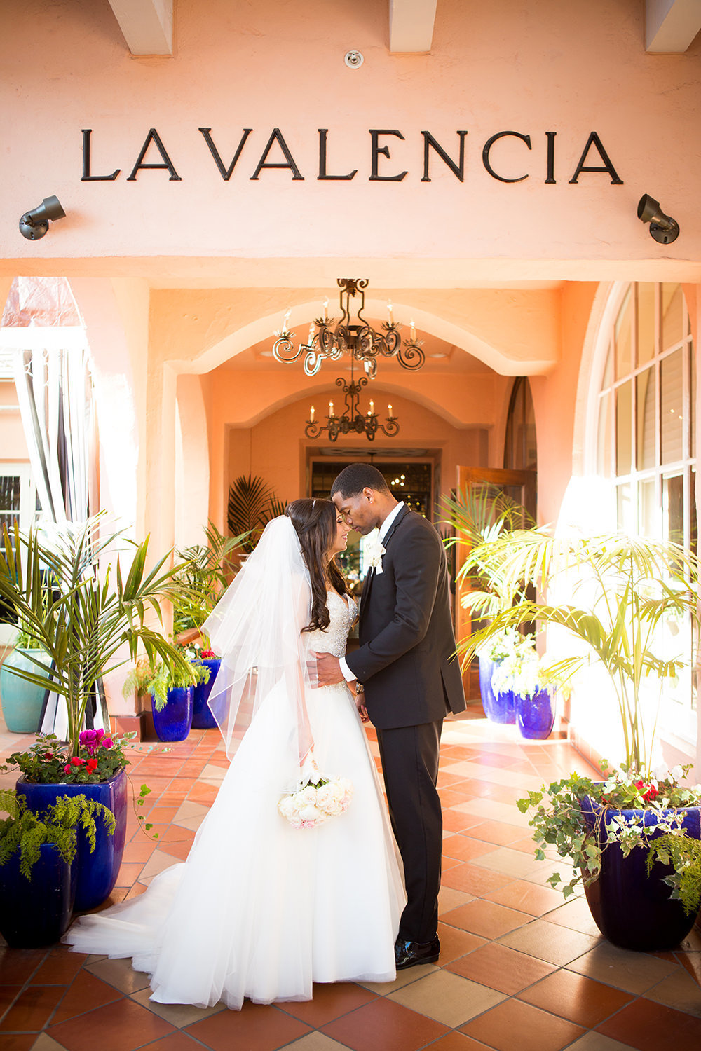 Classic wedding portrait at La Valencia