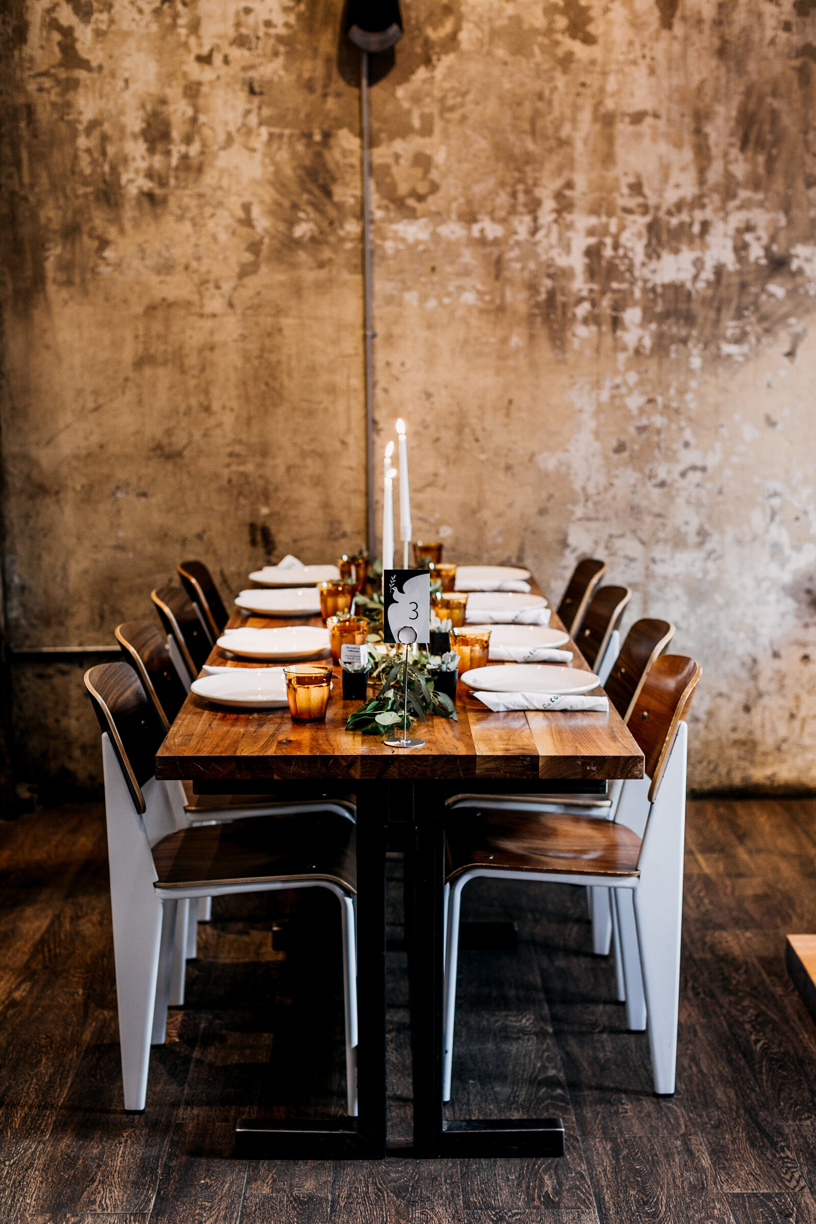 la colombe wedding table