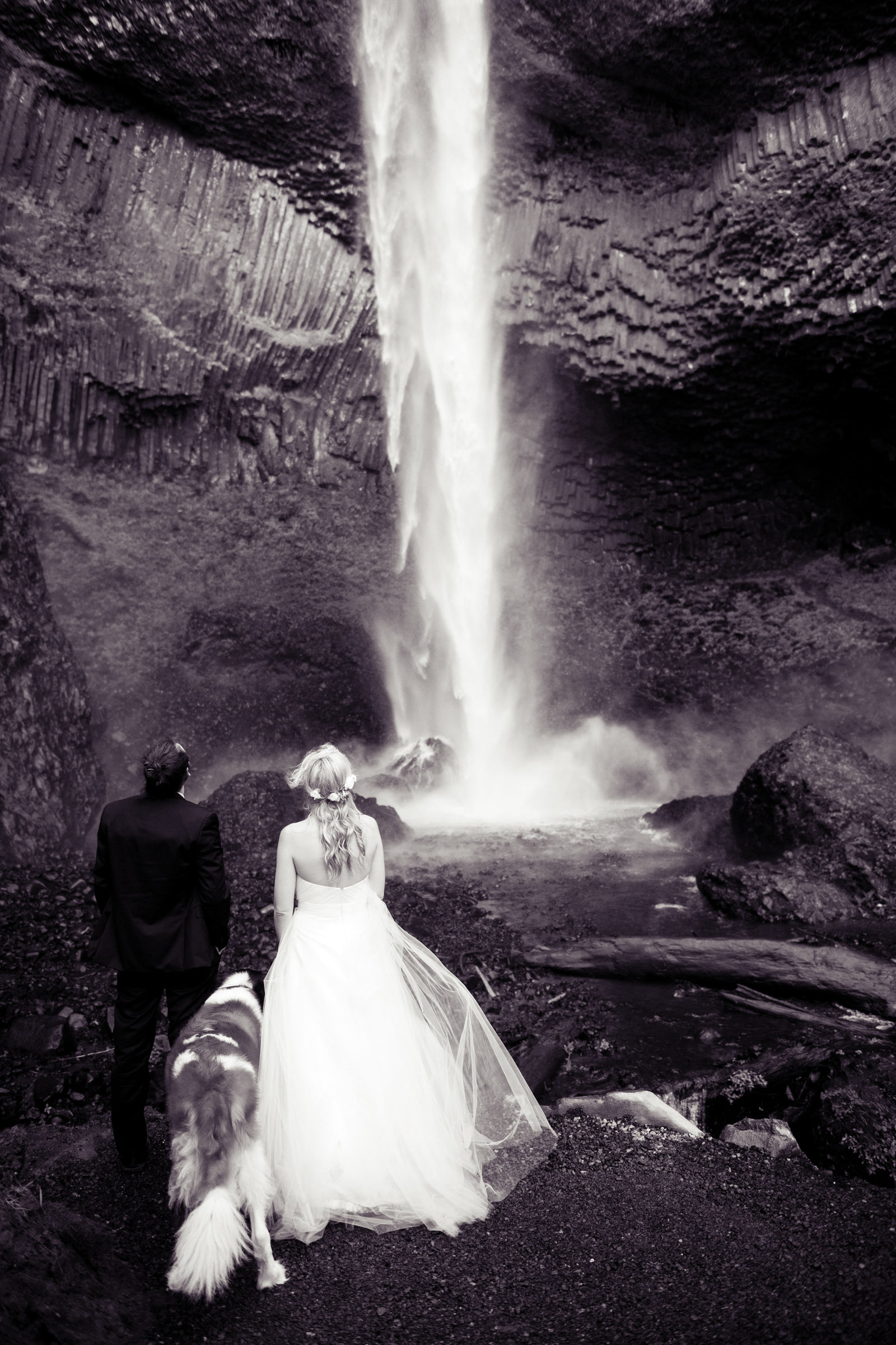 Crystal Genes Photography LATOURELL FALLS ELOPEMENT170421-153628