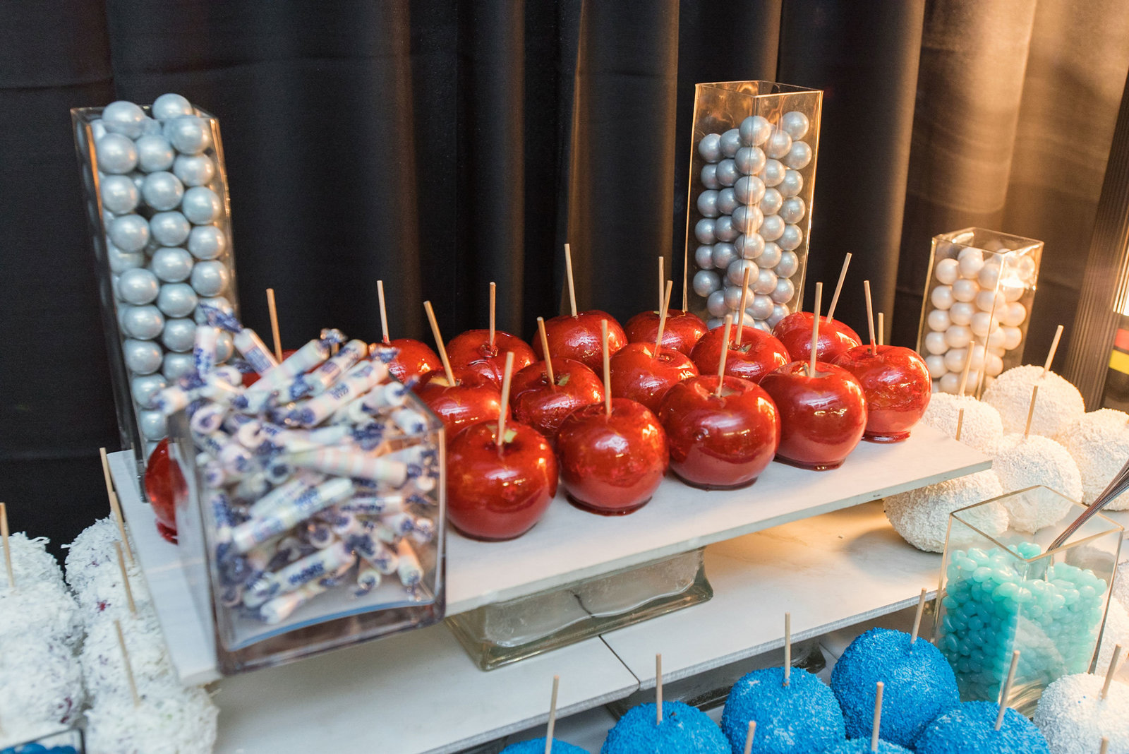 Candy apple at dessert table at Cradle of Aviation