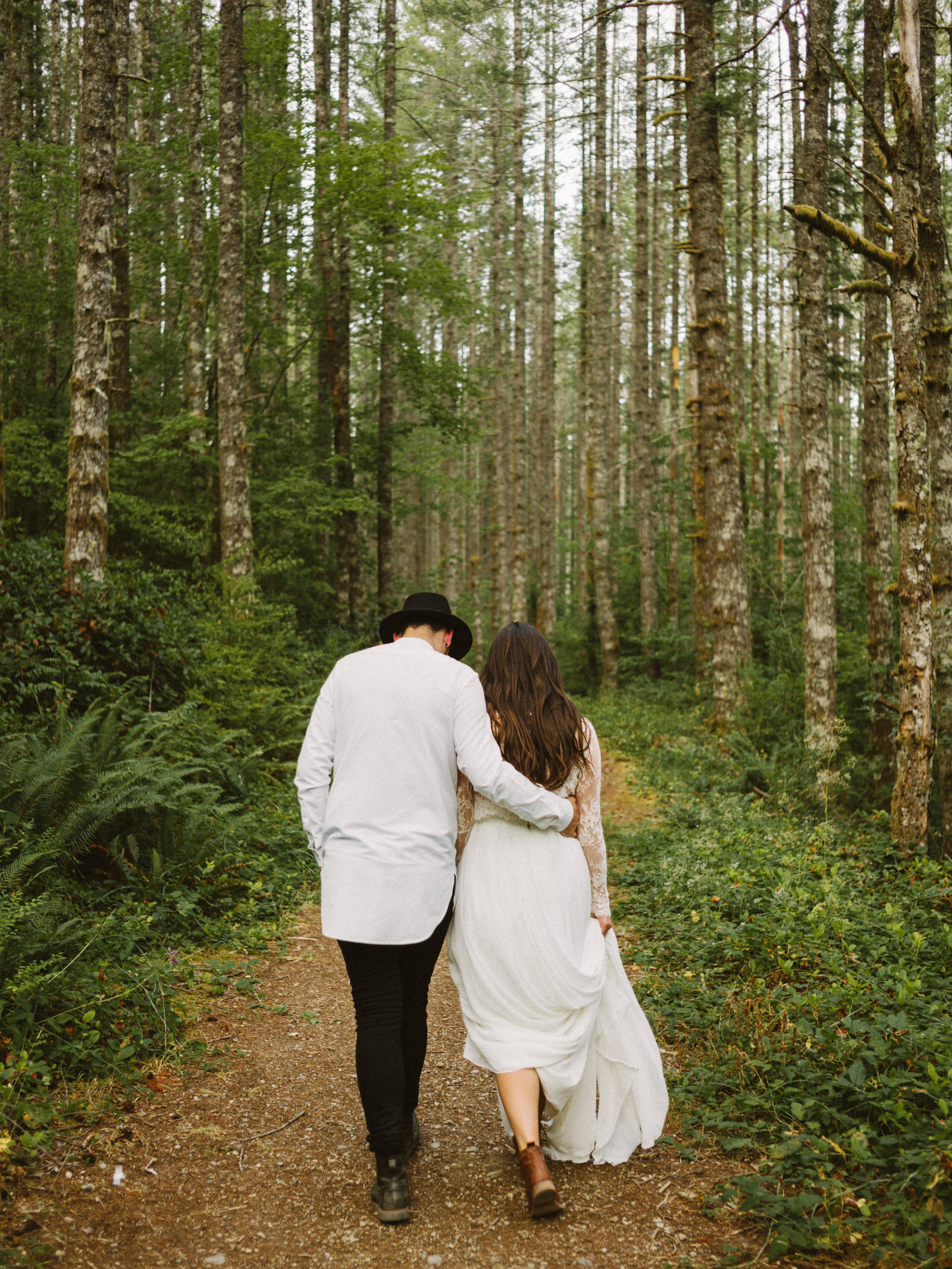 athena-and-camron-seattle-elopement-wedding-benj-haisch-rattlesnake-lake-christian-couple-goals14