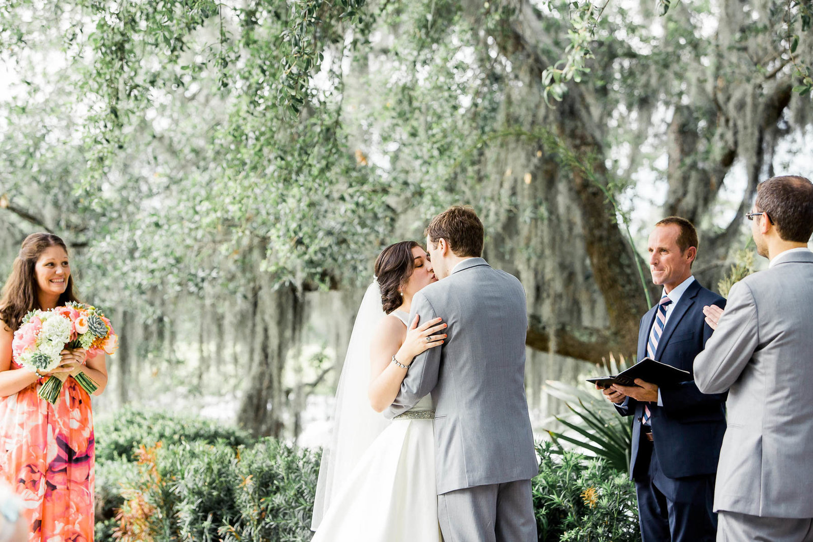 Bride and groom exchange vows, I'on Creek Club, Mt Pleasant, South Carolina