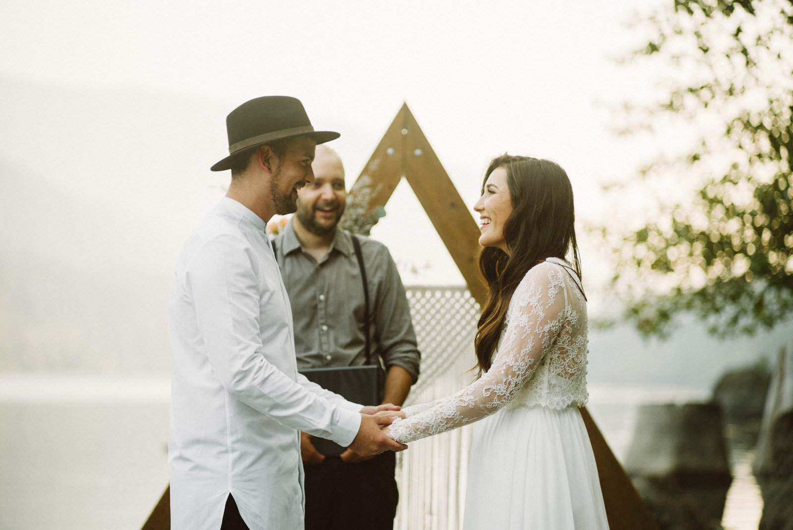 athena-and-camron-seattle-elopement-wedding-benj-haisch-rattlesnake-lake-christian-couple-goals40