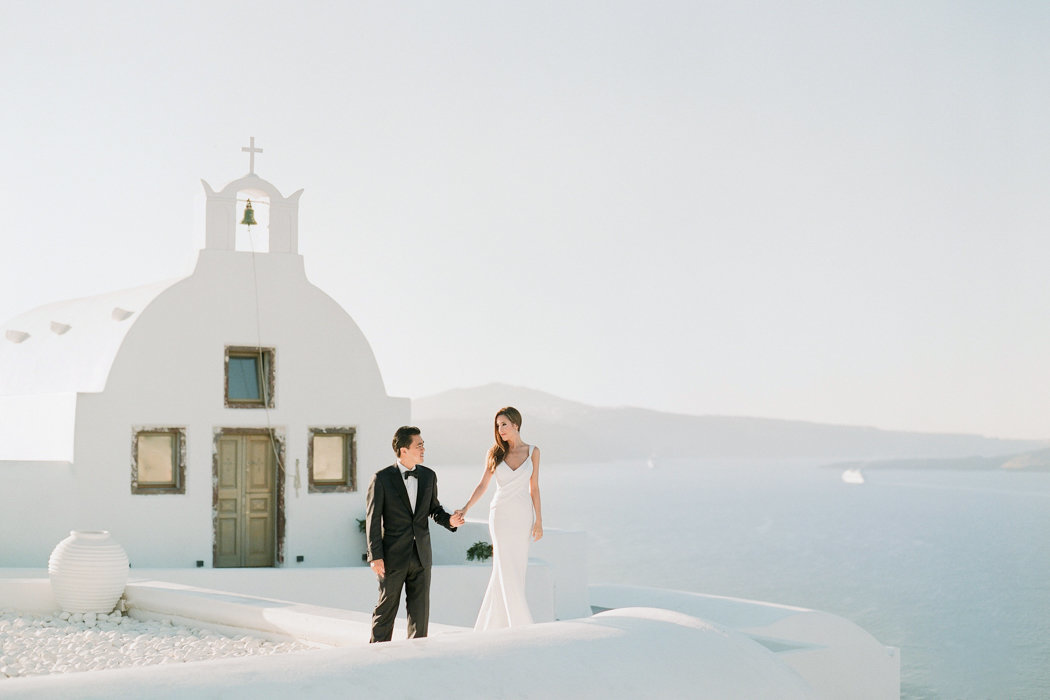 Molly-Carr-Photography-Paris-Film-Photographer-France-Wedding-Photographer-Europe-Destination-Wedding-Paris-Oia-Santorin-Greece-Wedding-Photography-66