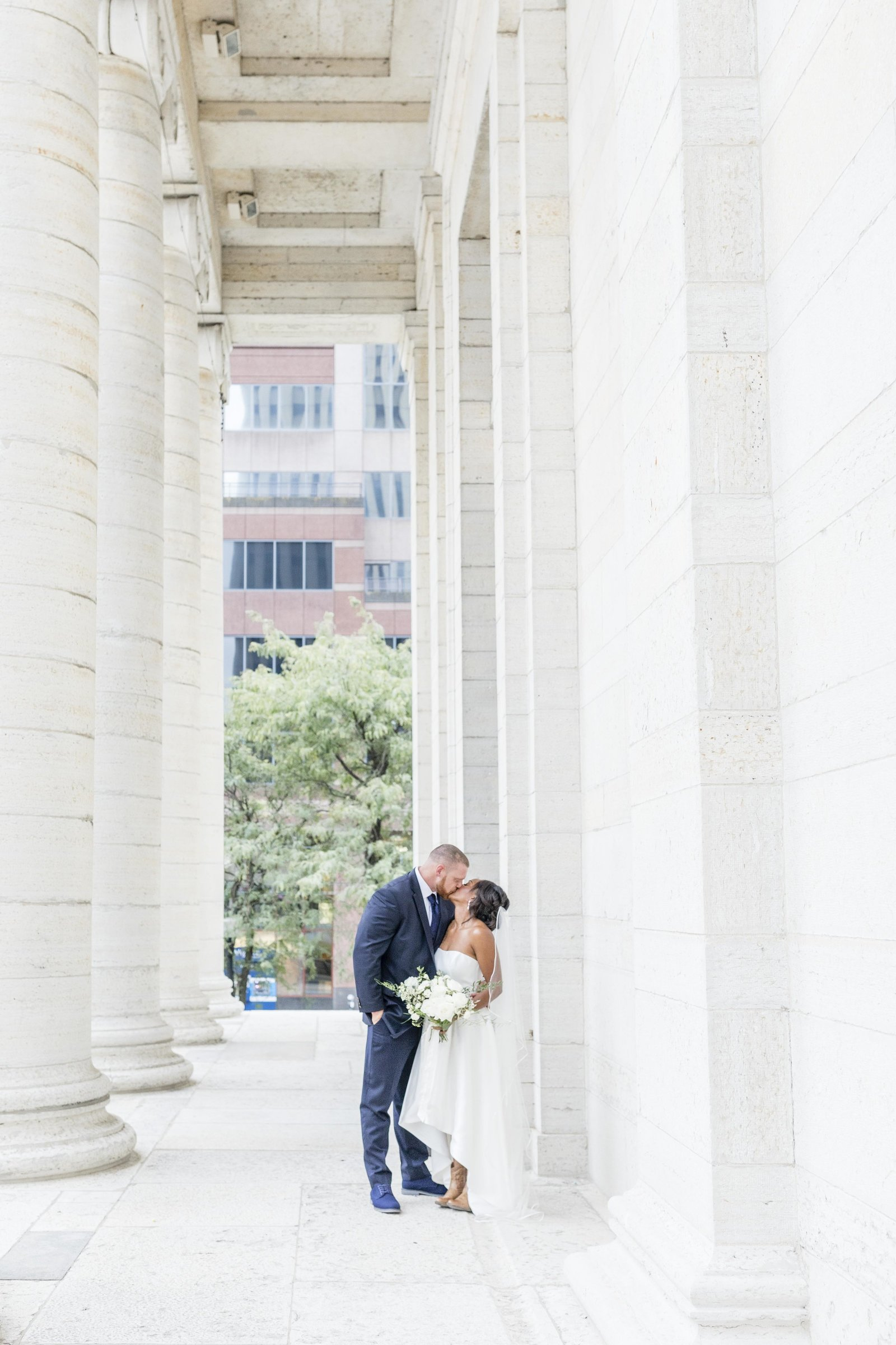 Cassidy_Alane_Photography-Caren_&_Justin_SpragueWedding-Carillon_Park-DaytonClub-Ohio_Wedding_Photographer-1089