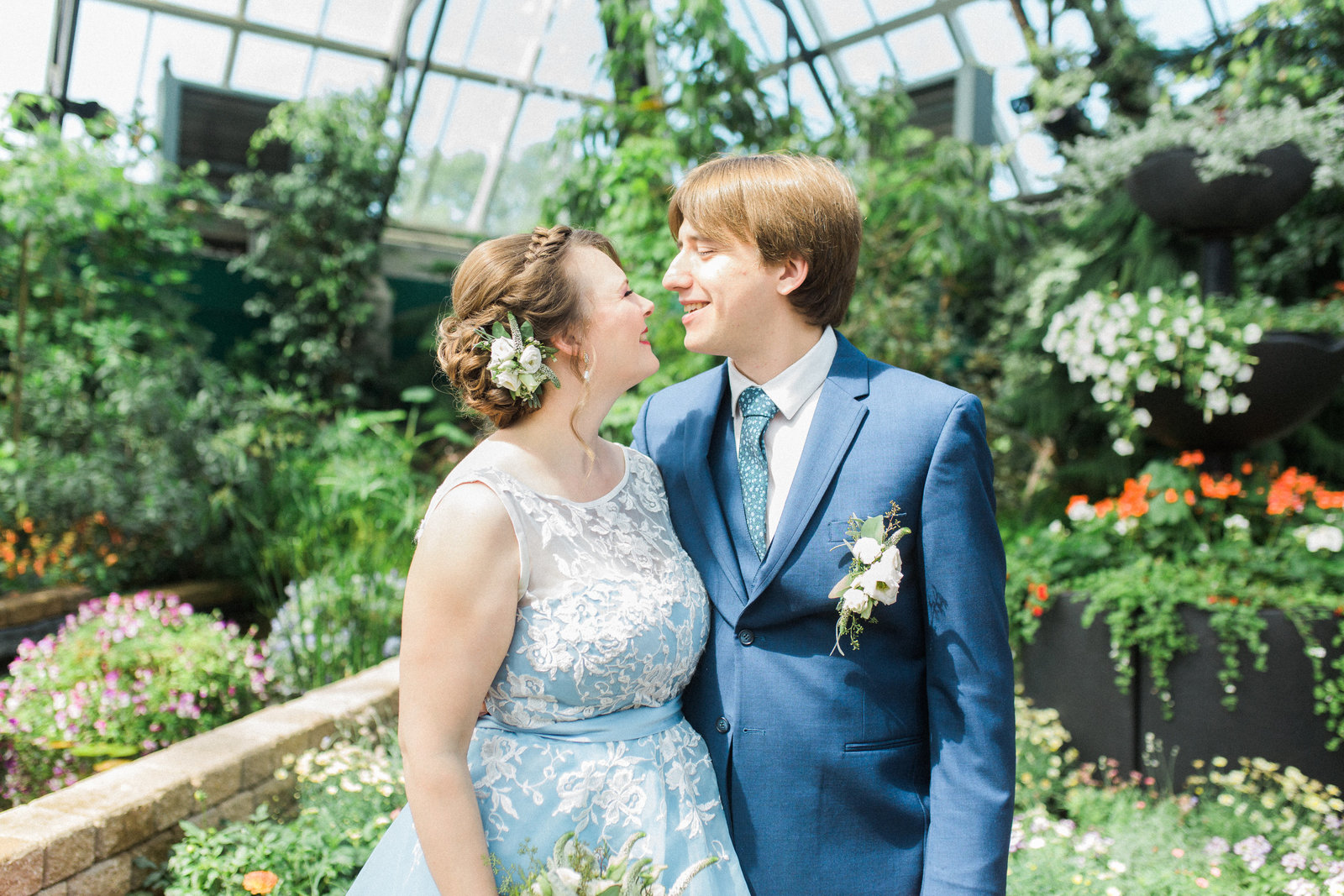 Muttart Conservatory Wedding - Edmonton Wedding Photographer